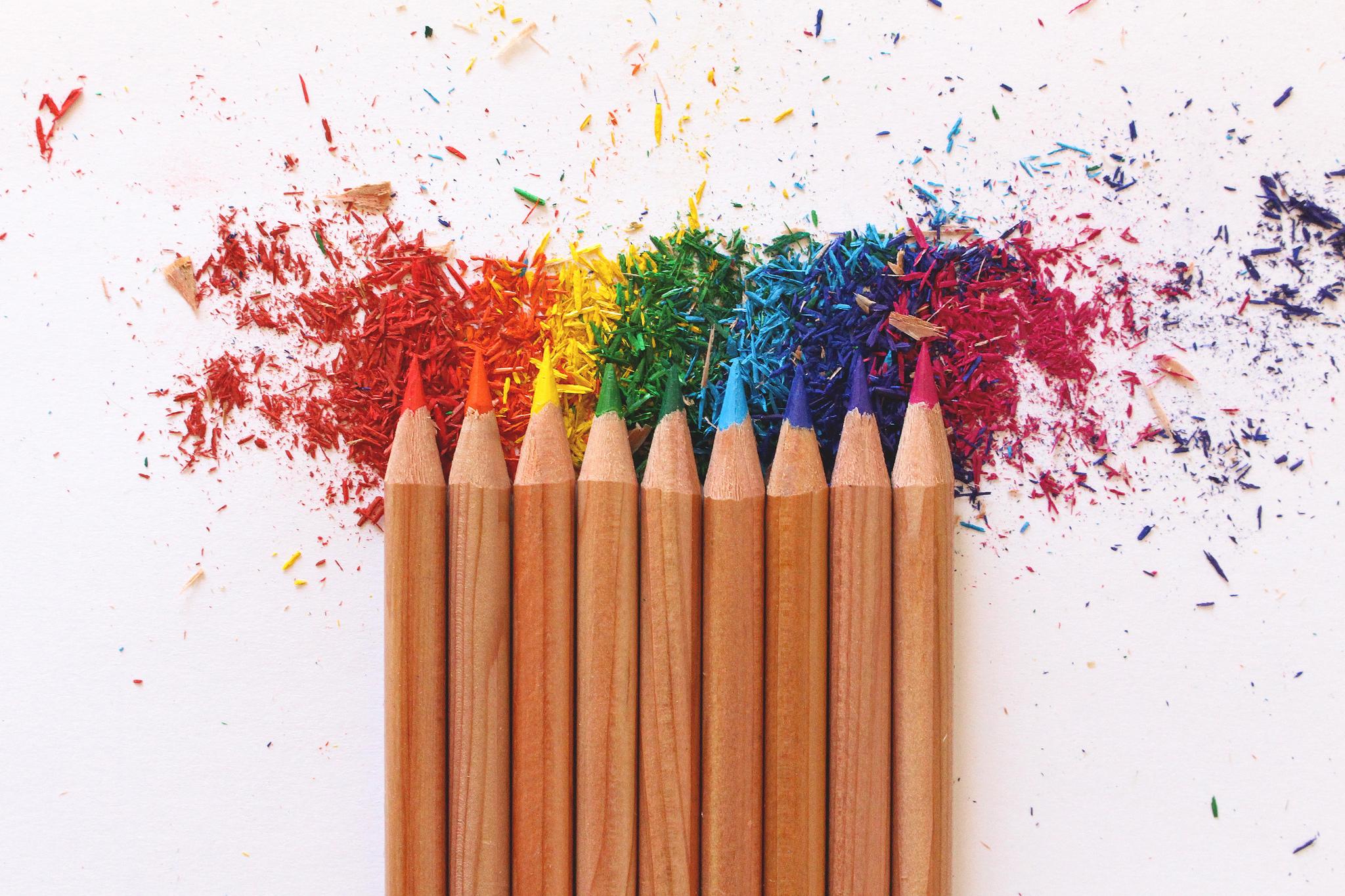 обоев открытки с карандашами и красками за малиновый хит