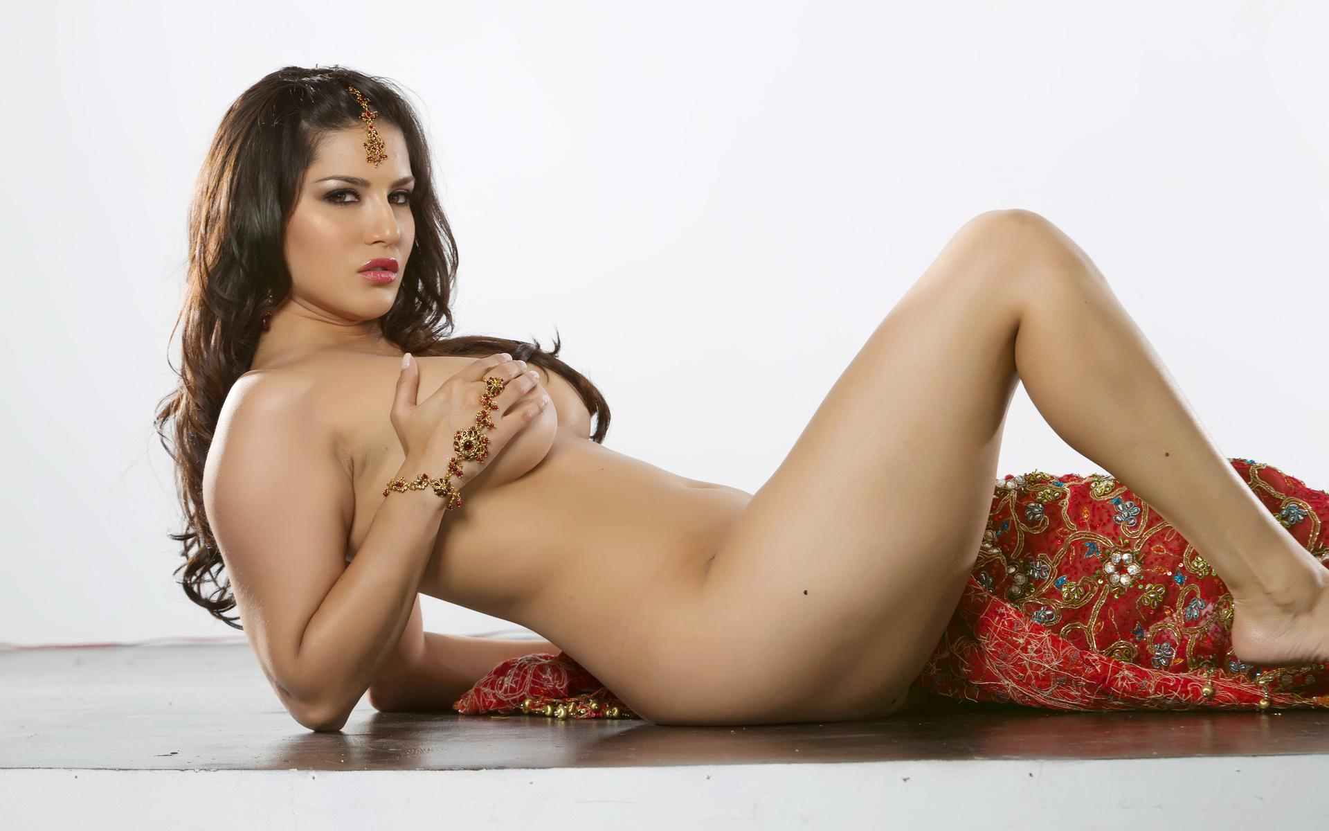 big tit saree nude