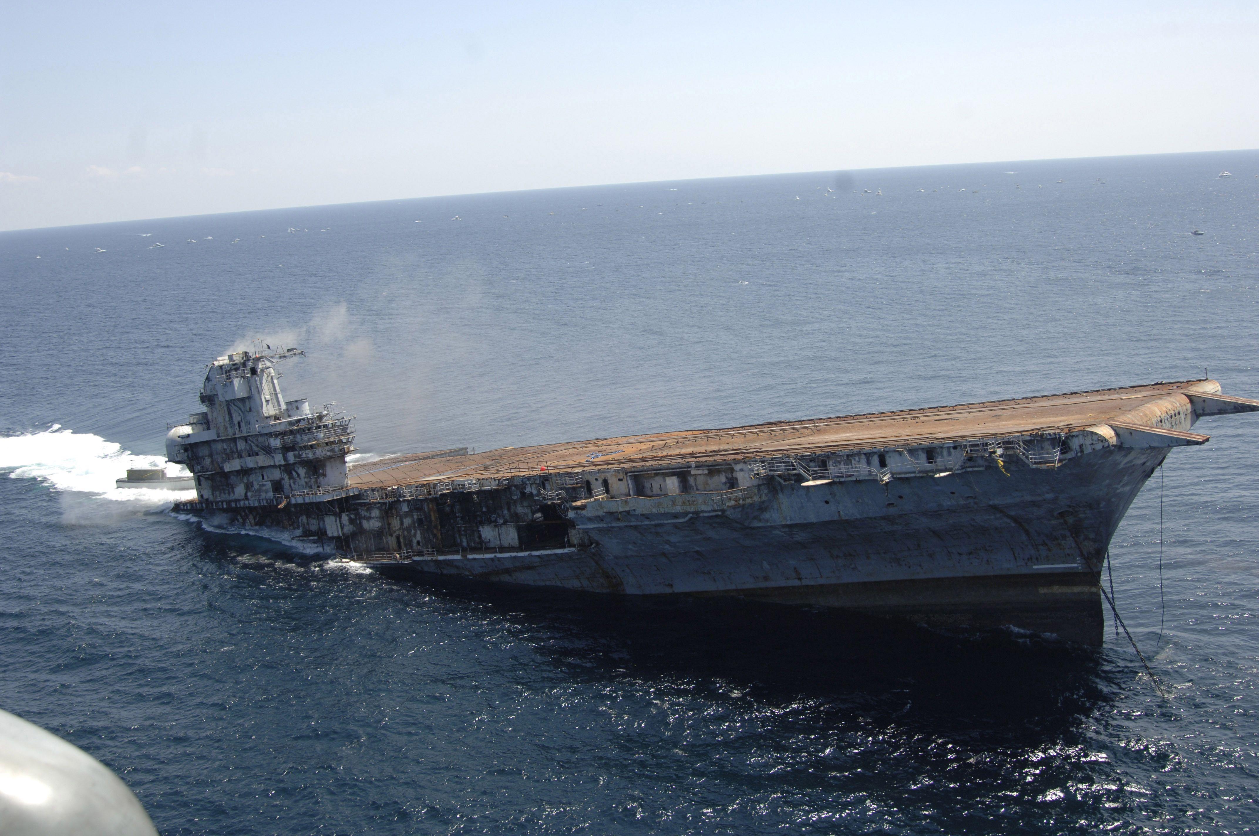 облицовочный материал фото тонущего корабля моя мысль была
