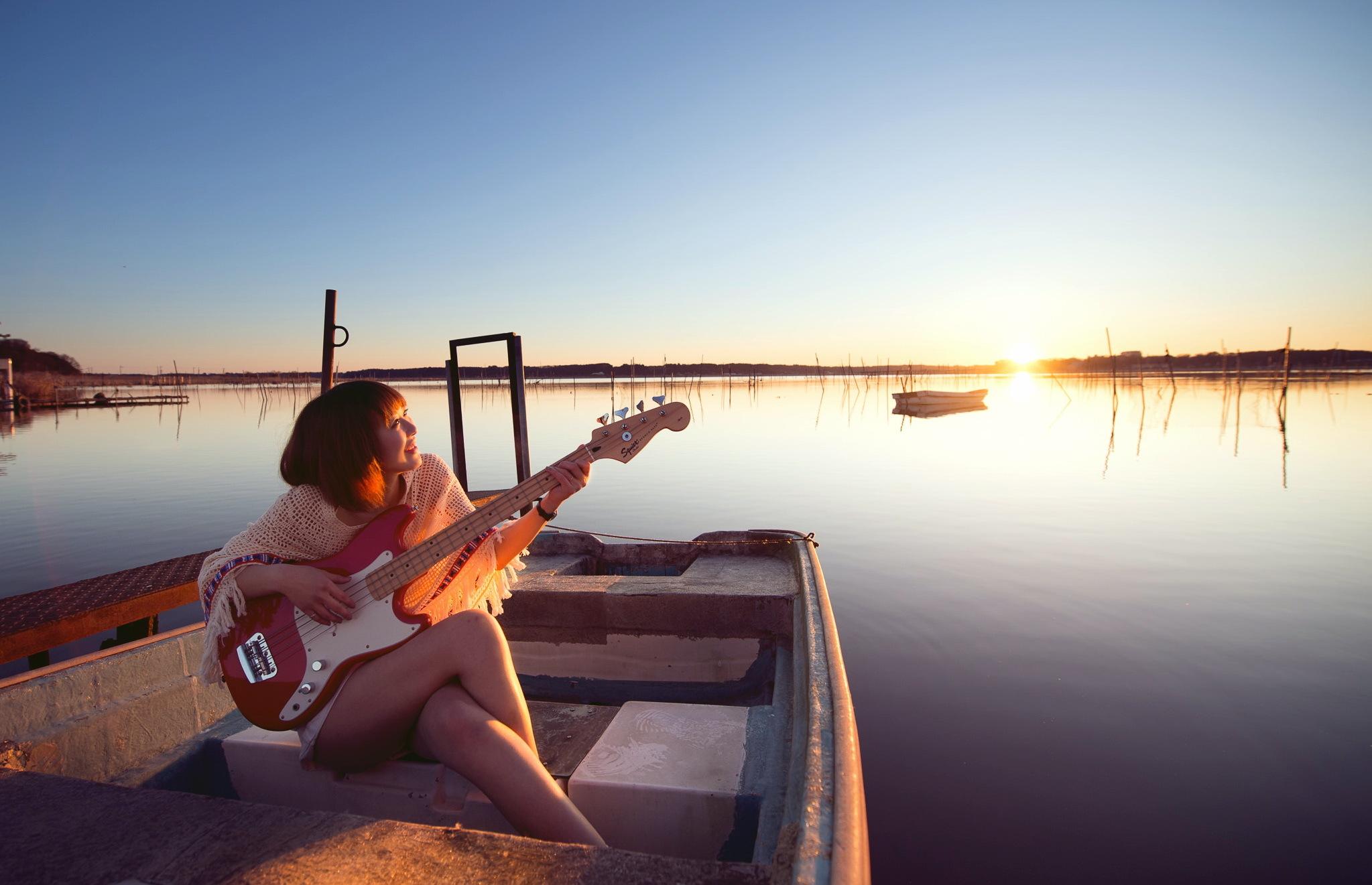 лодка в море музыка