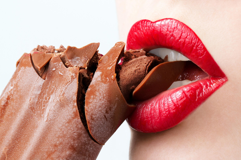 Девушка в шоколаде скачать