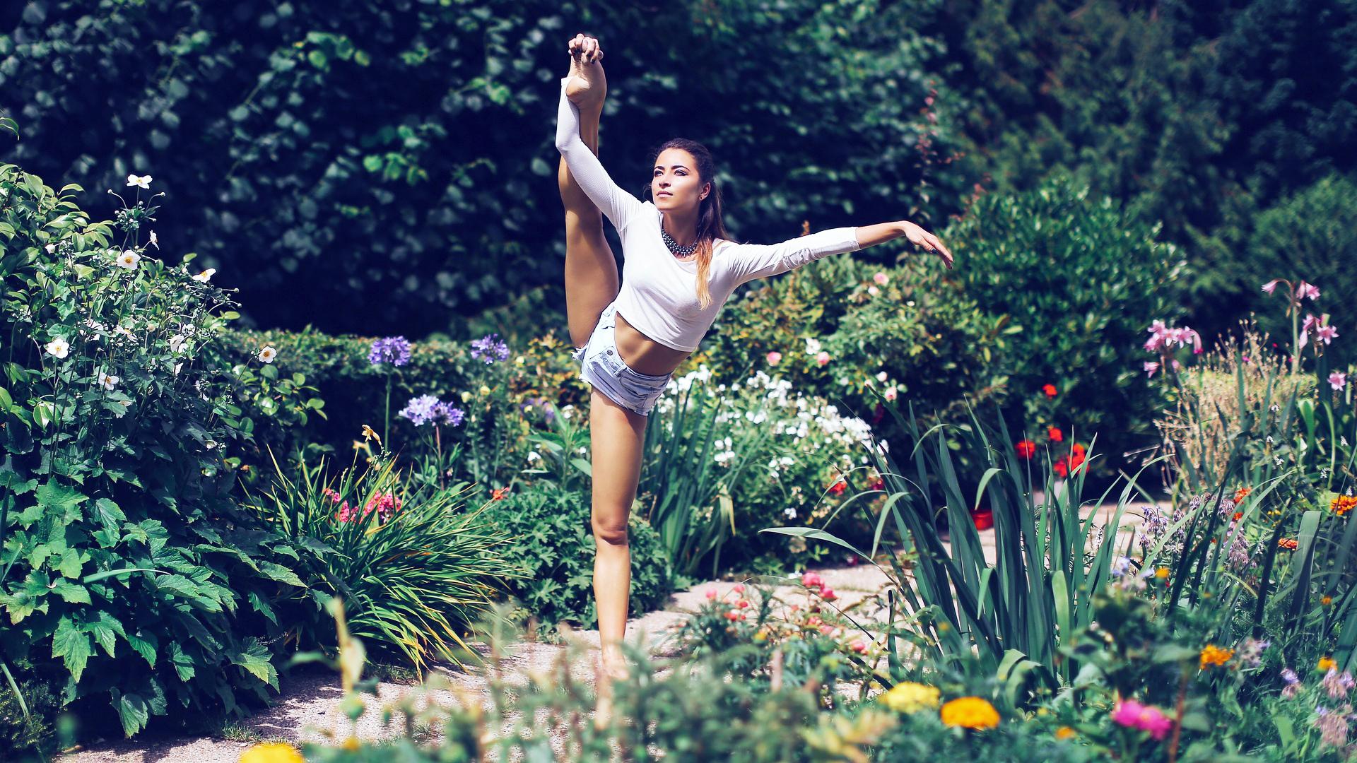 гимнастки на природе фото держись марина