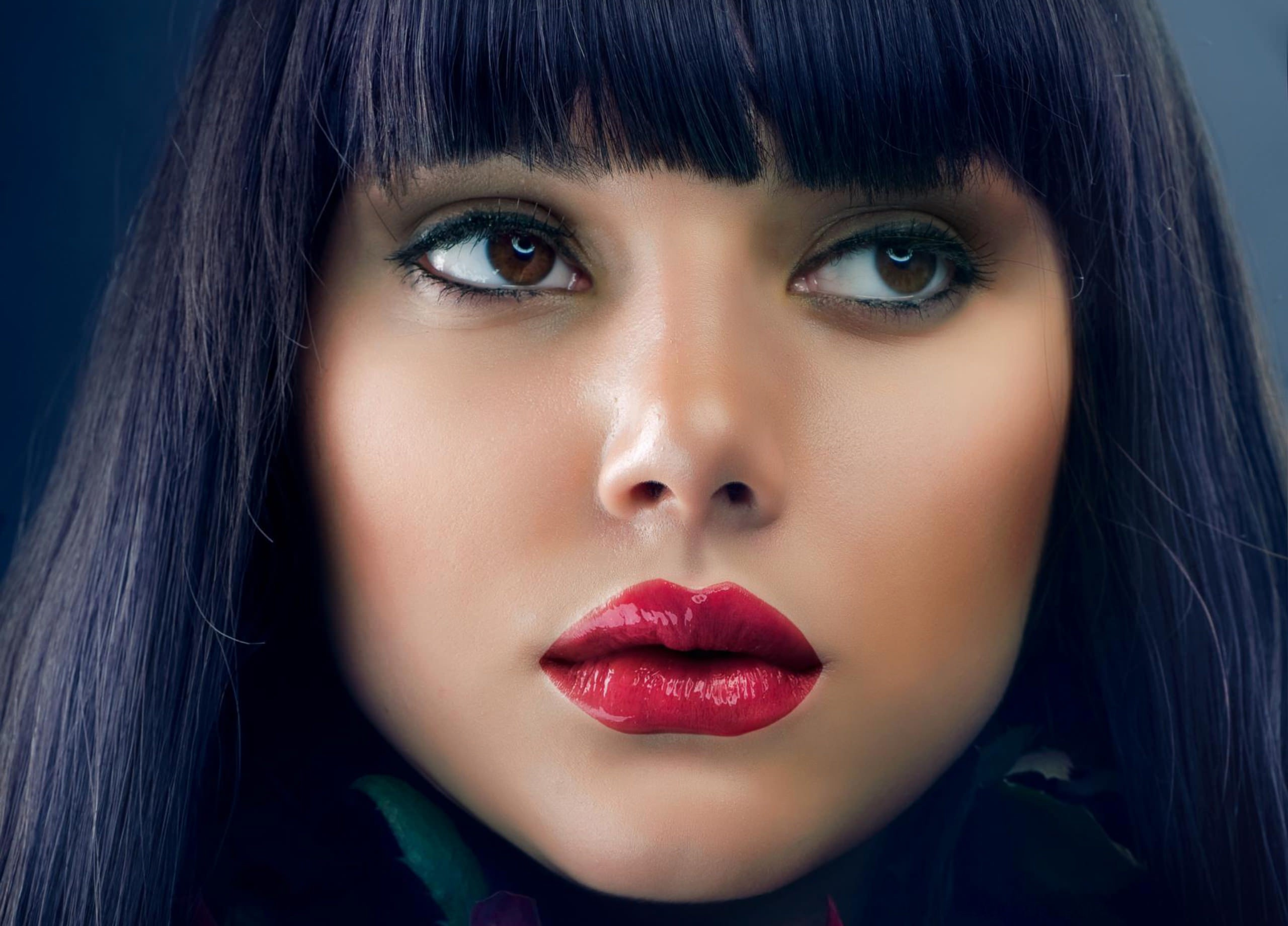 Девушка губы волосы лицо взгляд  № 3590315 загрузить