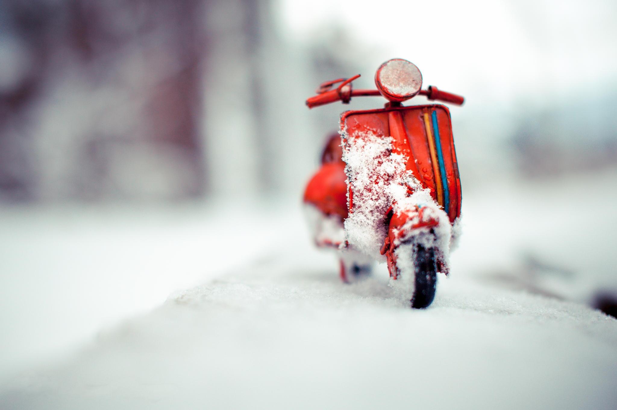 мотоцикл снег красный  № 778019 бесплатно