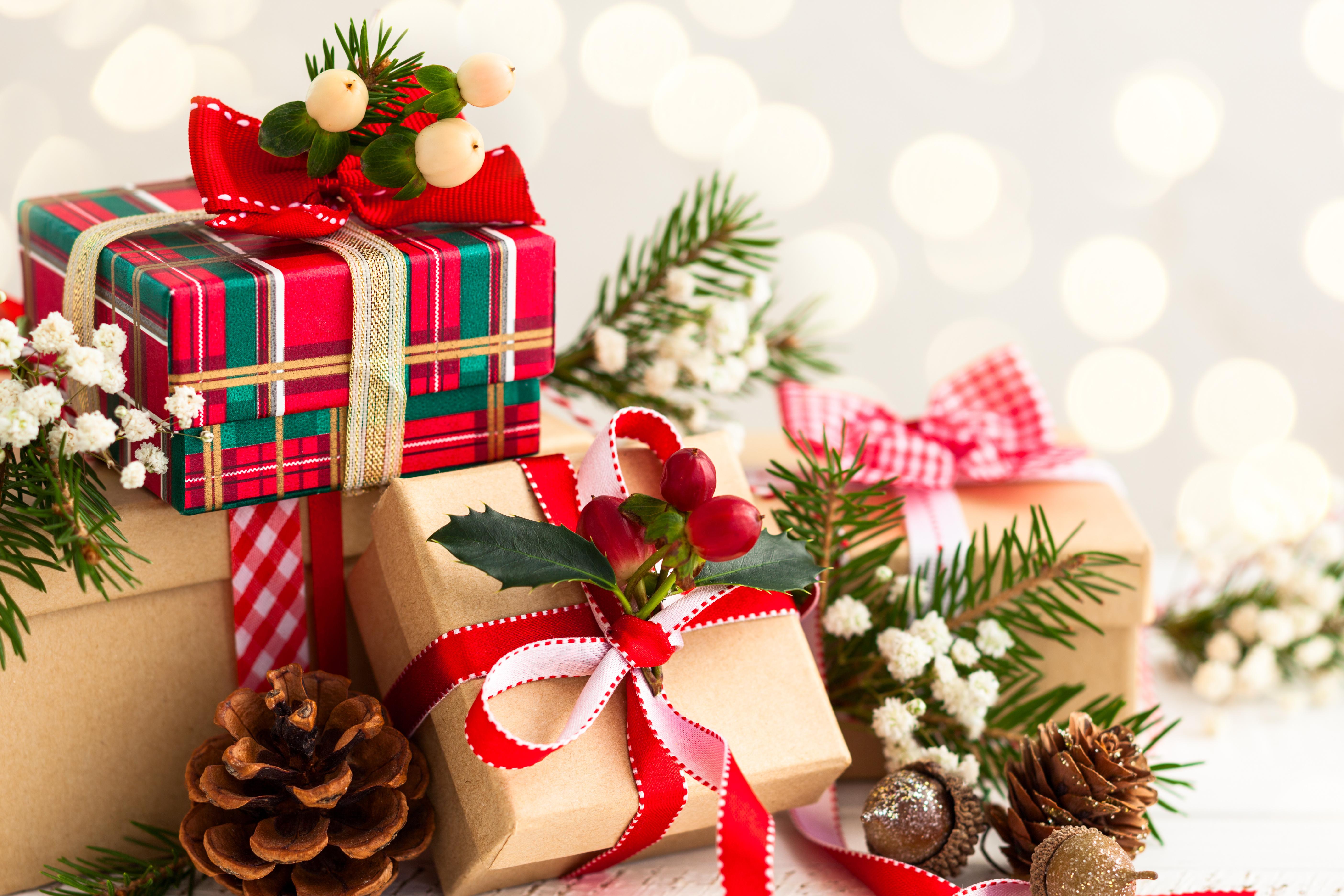 отделении банкомата картинки с новогодними подарками входит состав
