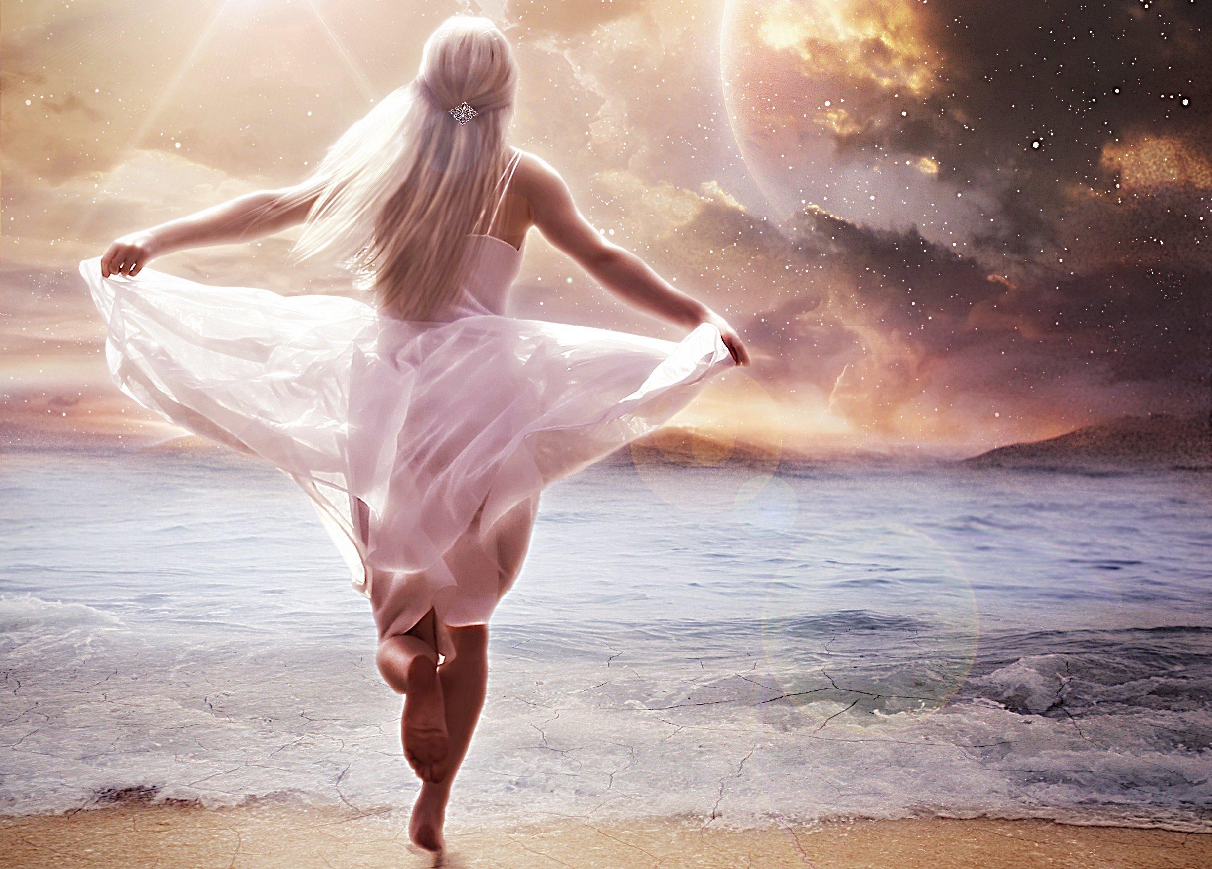 Фото девушек на аву без лица блондинка звездное небо