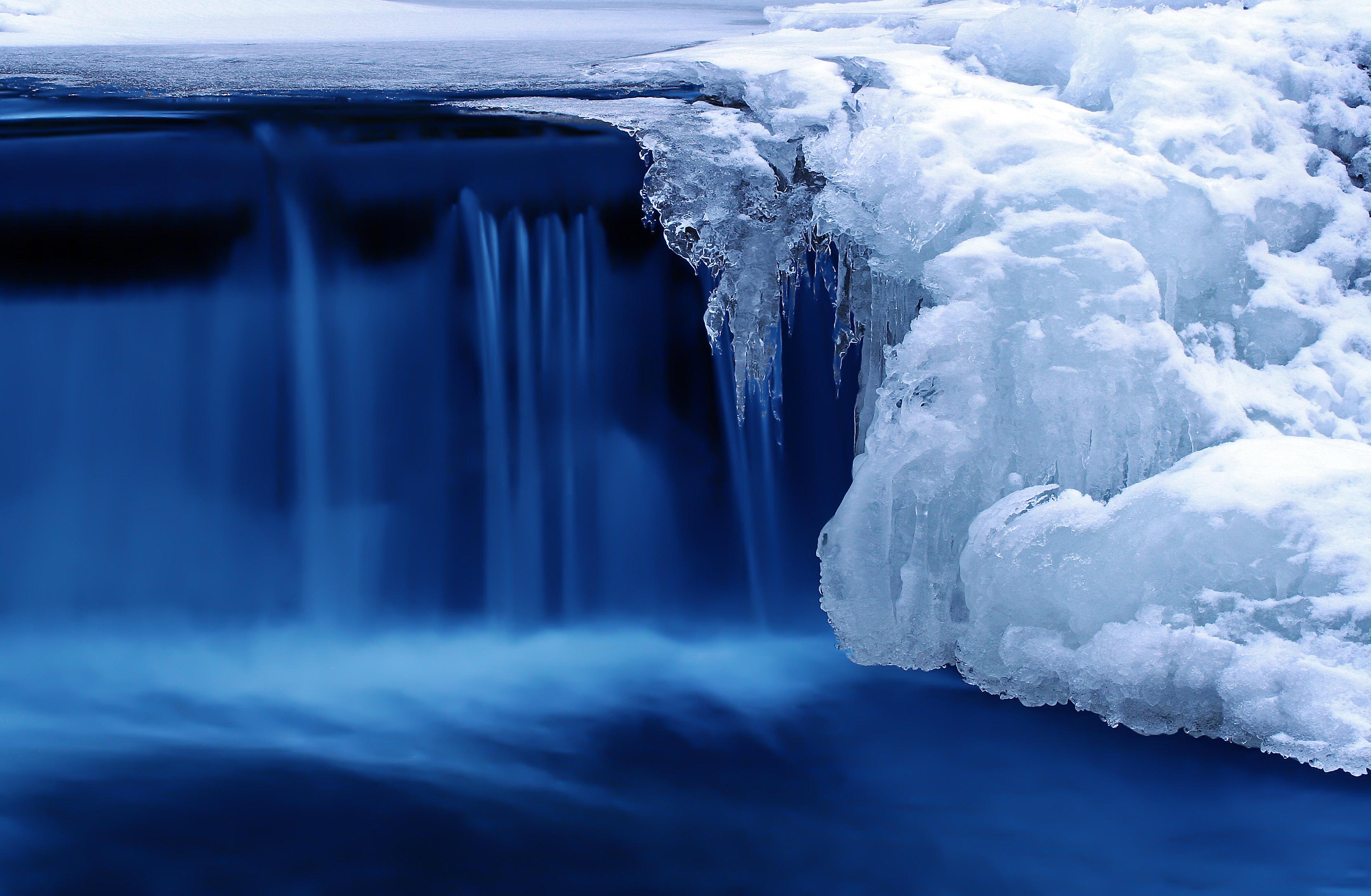 Голубой лед бесплатно