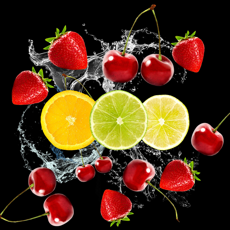еда напитки лайм лимон апельсин клубника вишня коктейль food drinks lime lemon orange strawberry cherry cocktail  № 2154607 бесплатно