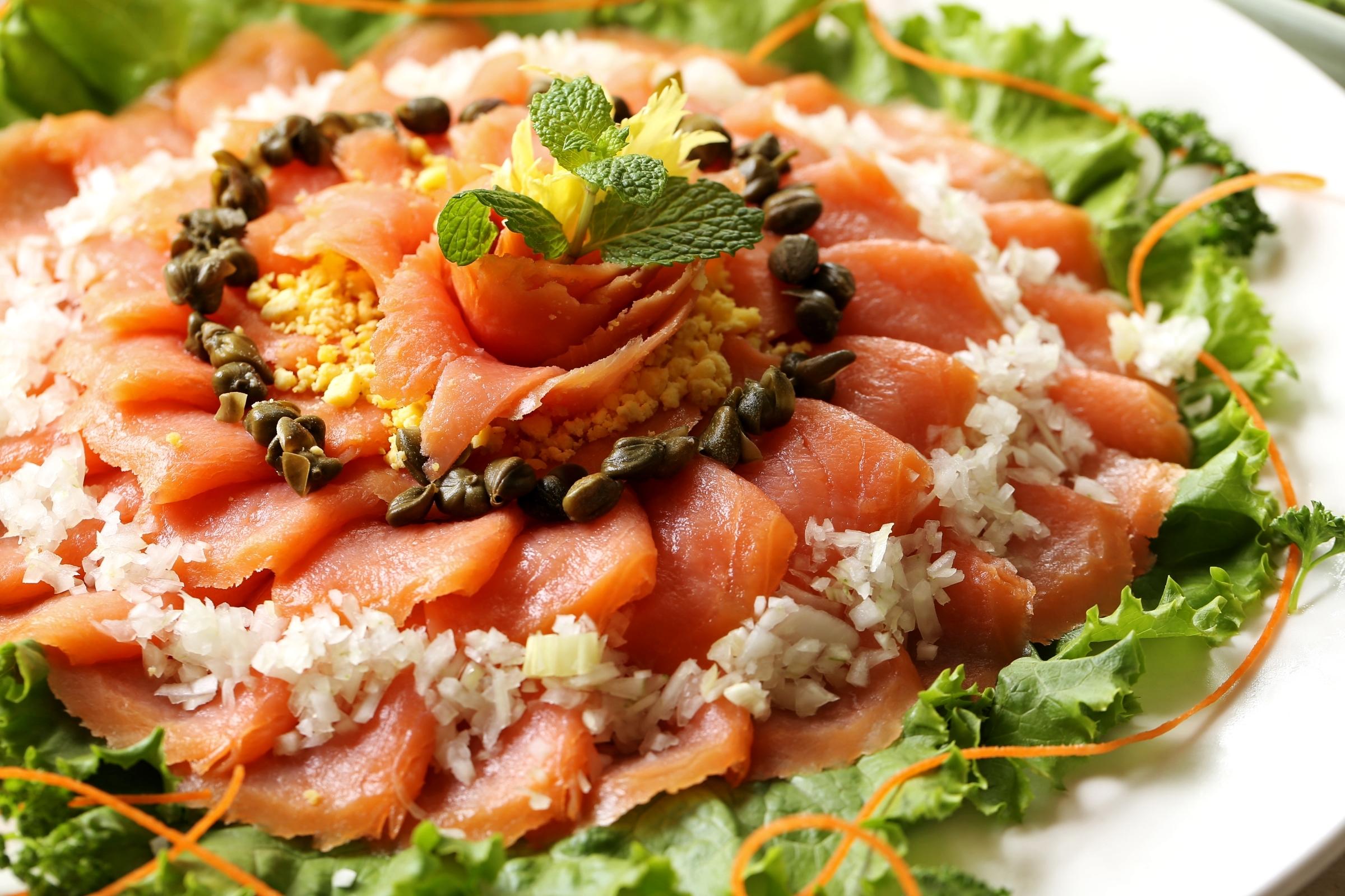 еда салаты рыба курица банкет  № 2124126  скачать