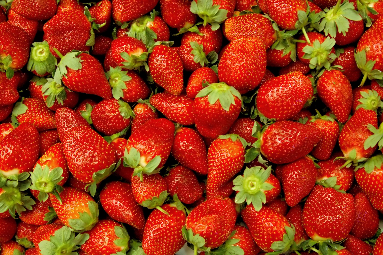 рабочая оптимальная фото ягодки клубники можем детально рассчитать