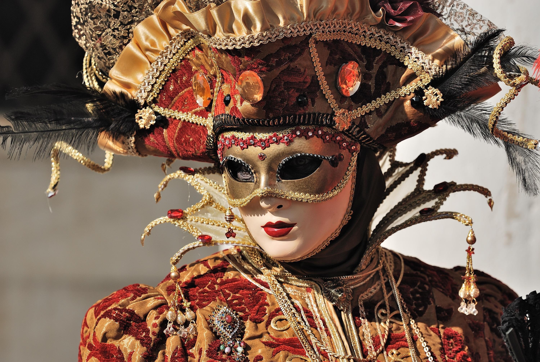 Как сделать маску на венецианский карнавал