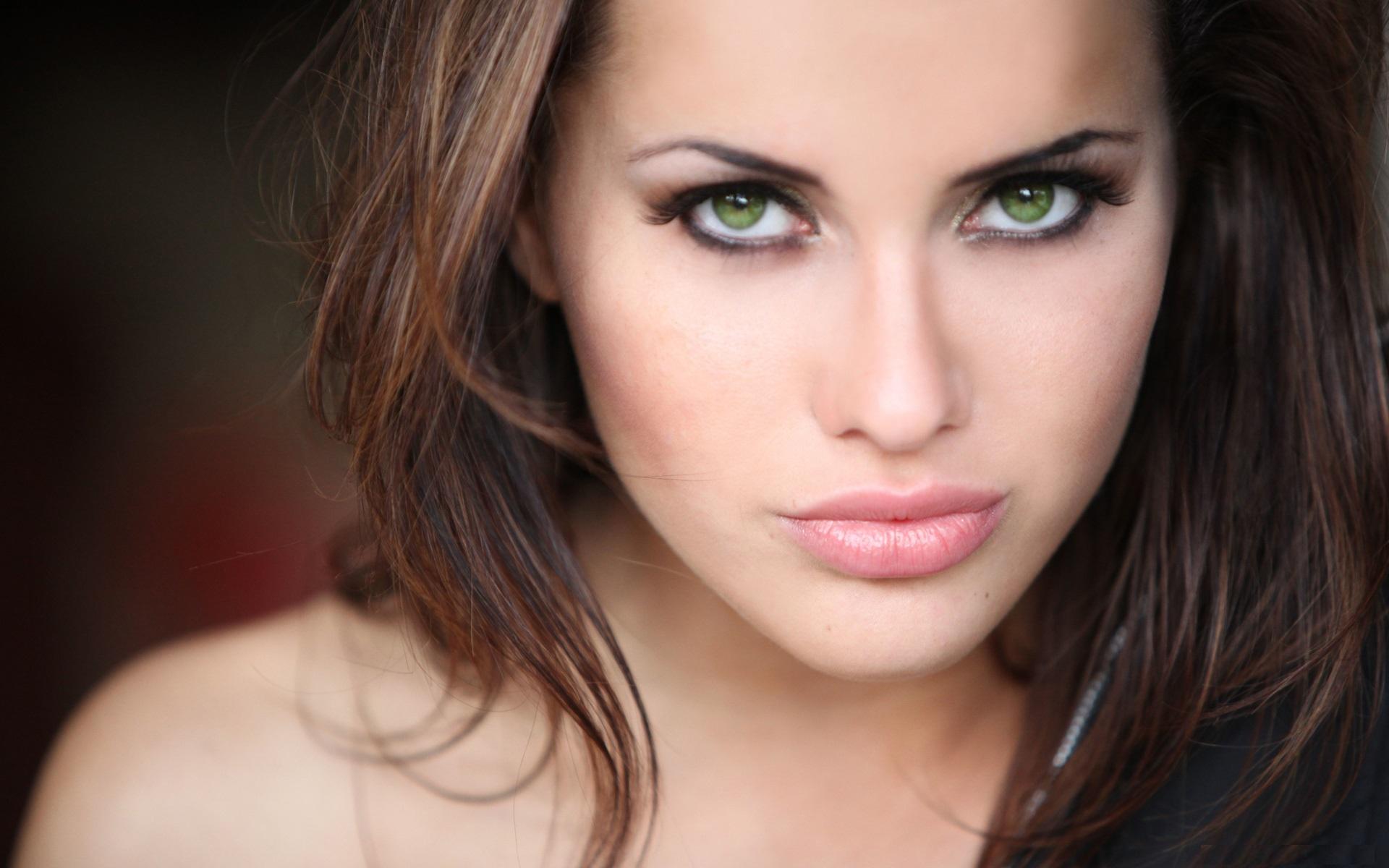 девушка губы лицо взгляд загрузить