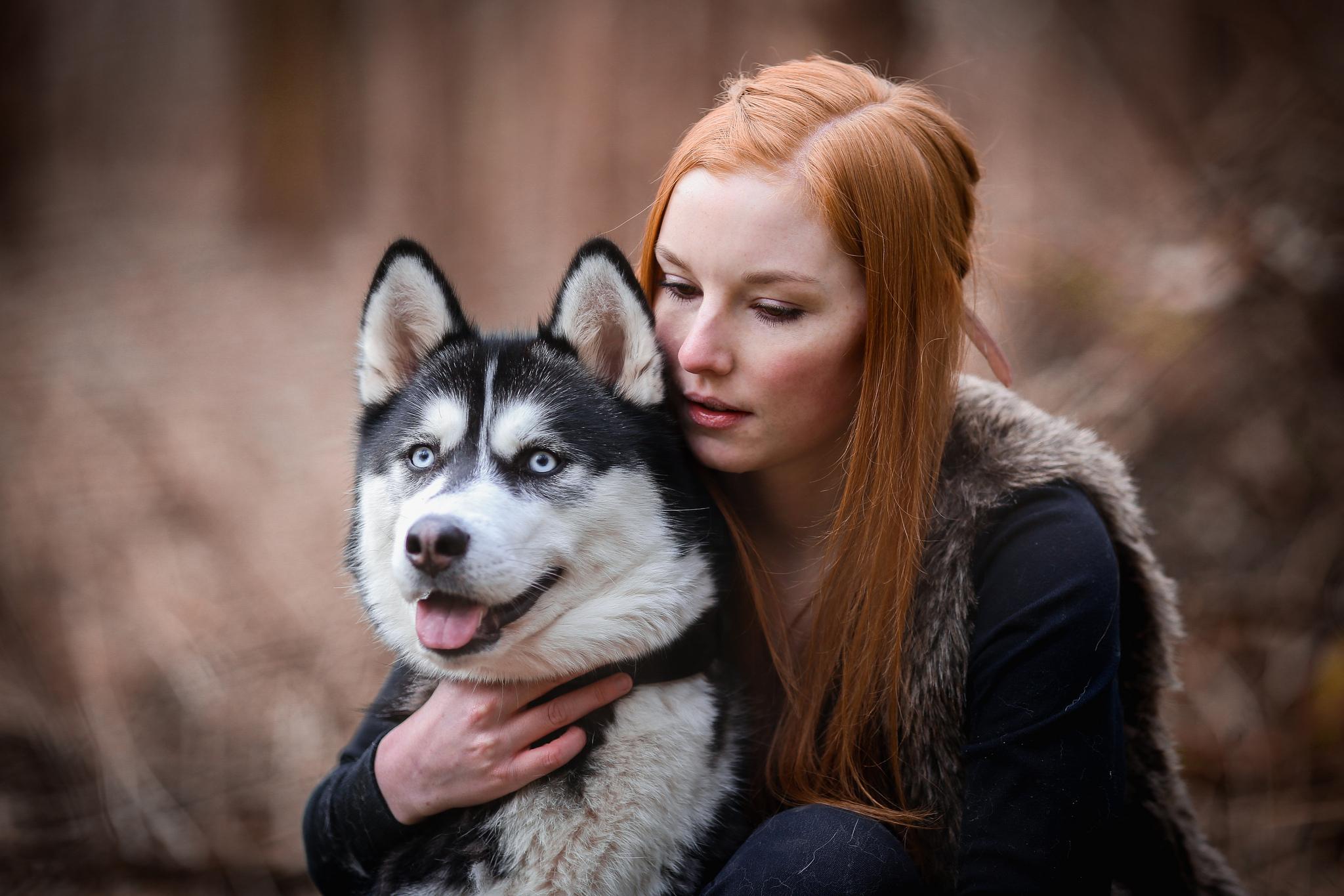 Красивые девушки с хаски фото