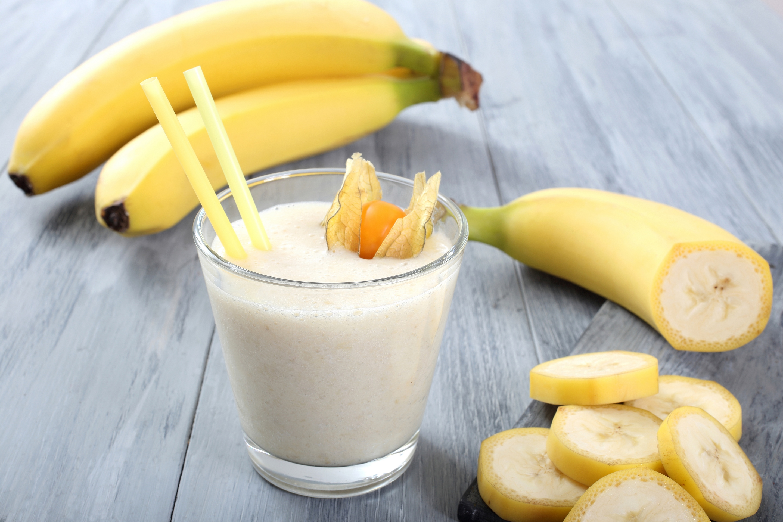 Как сделать смузи банан молоко 625