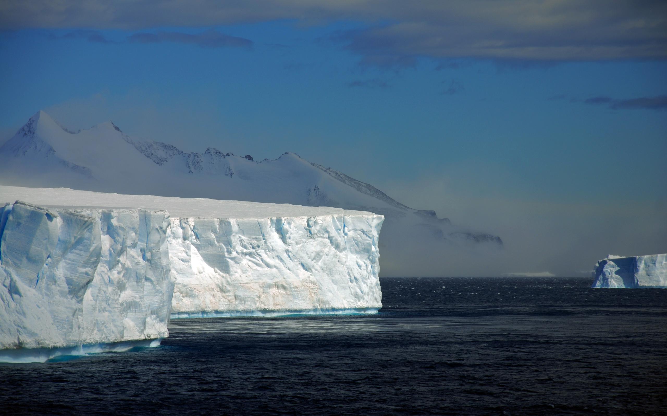 Белоснежный айсберг скачать
