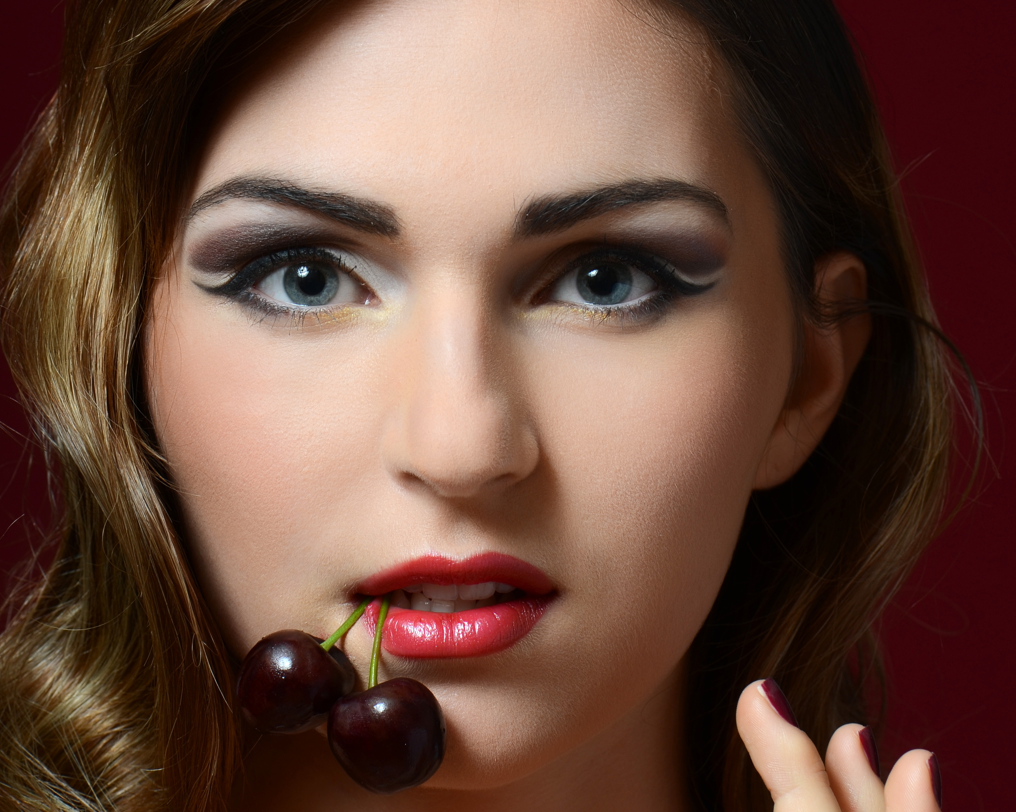 патологический вишневые губы картинка питомнику проходит