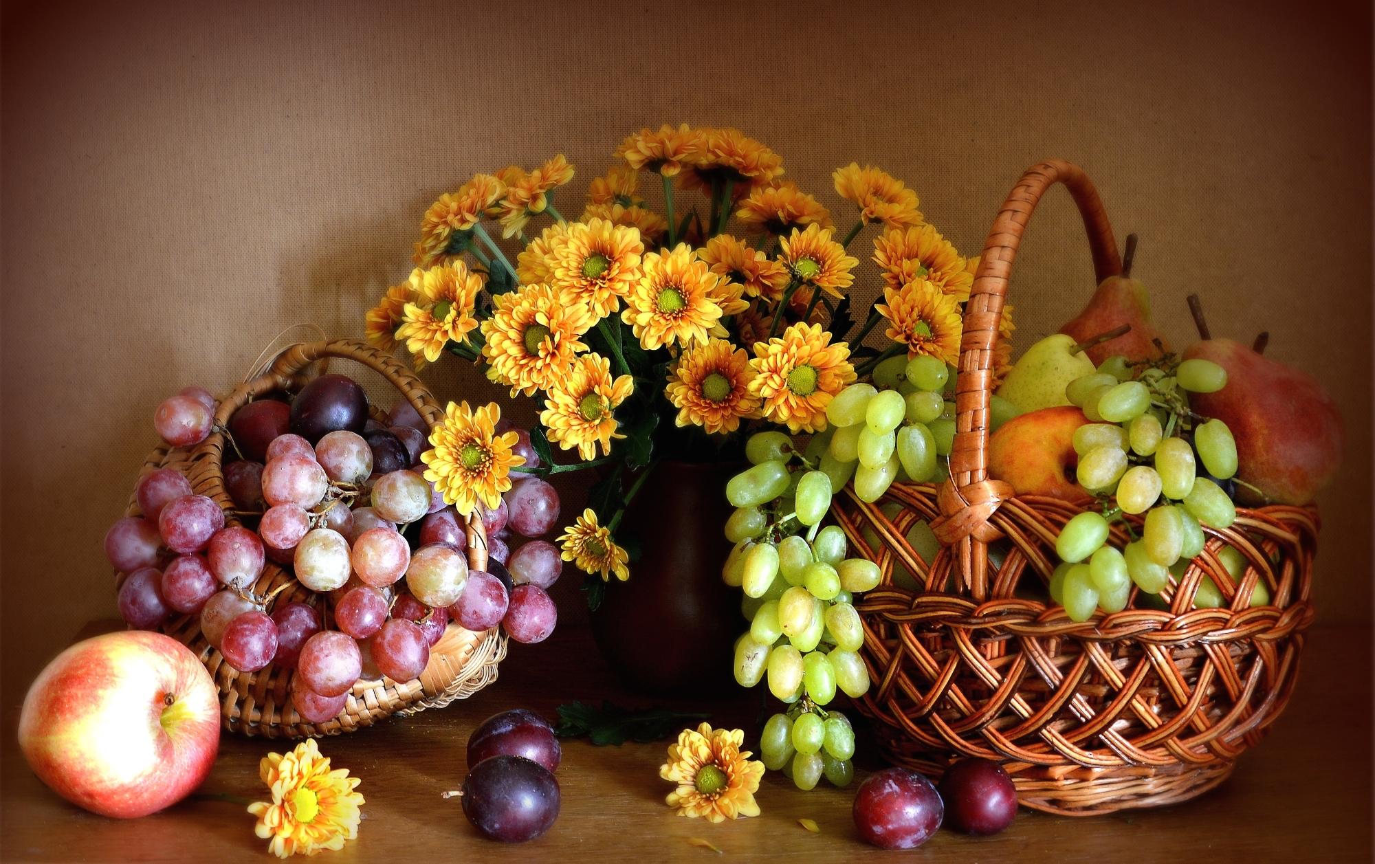 обои на рабочий стол натюрморт с цветами и фруктами № 226415  скачать