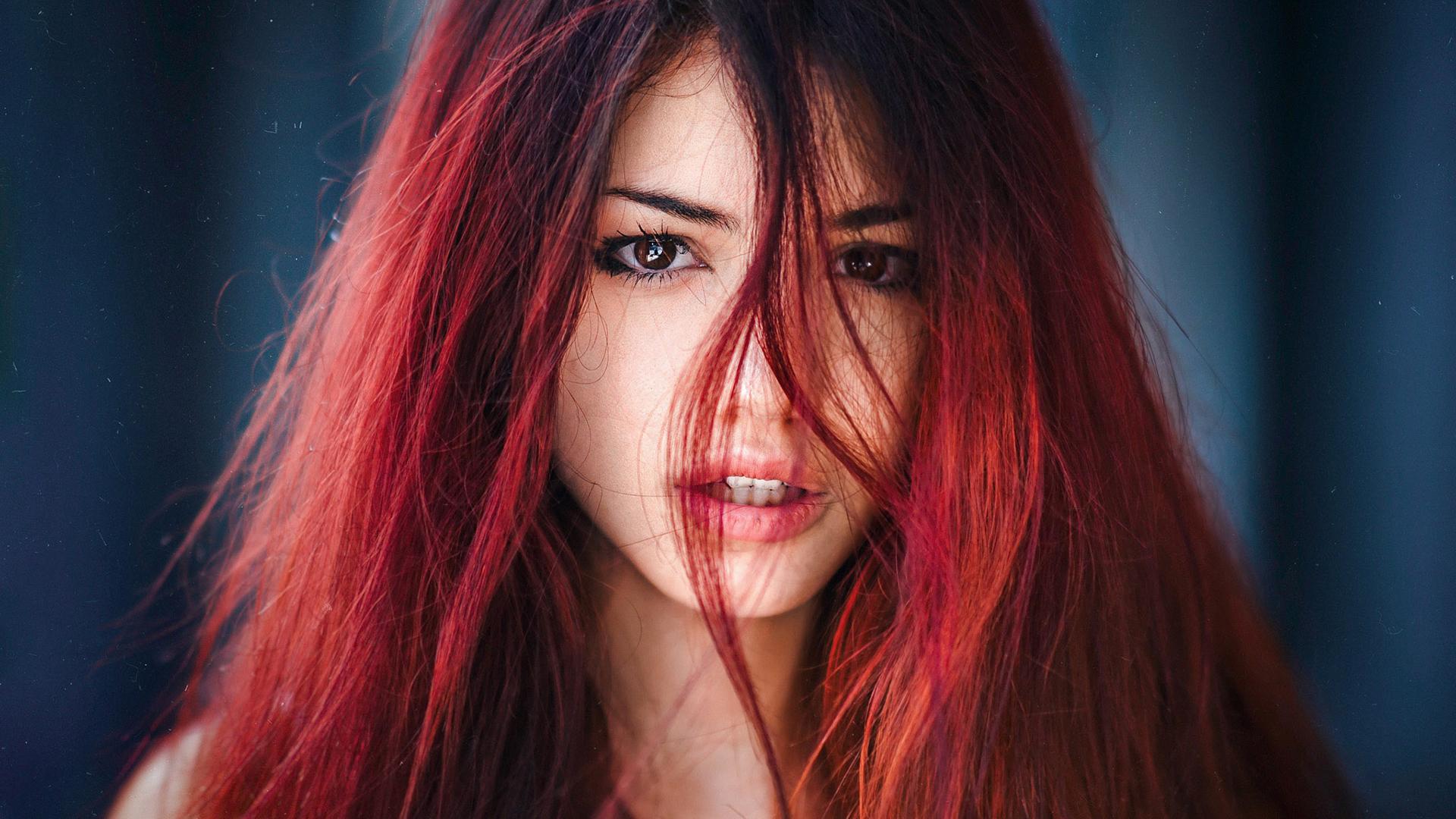 Девушки с красными рыжими волосами фото
