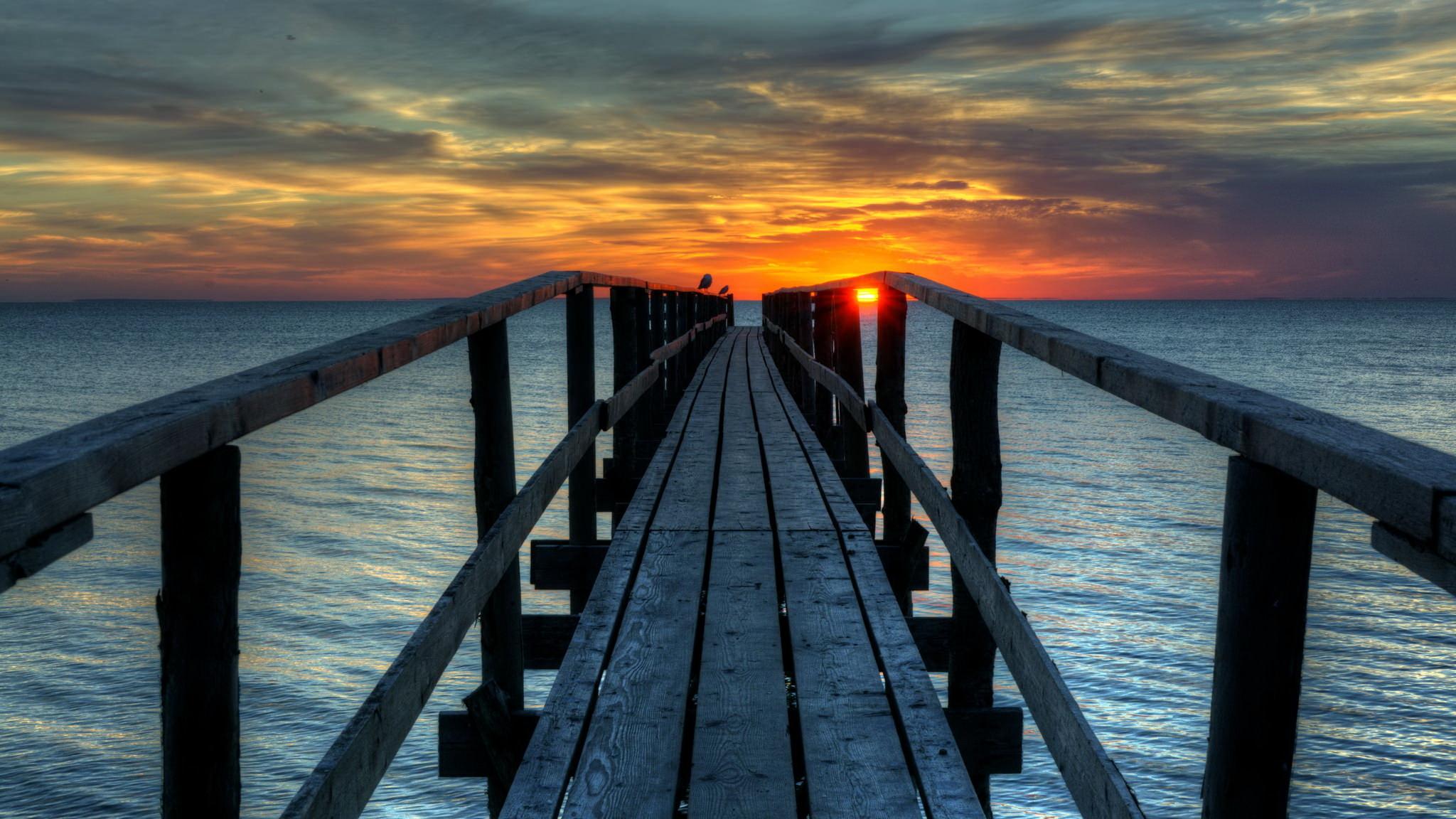 девушка закат мост доски бесплатно