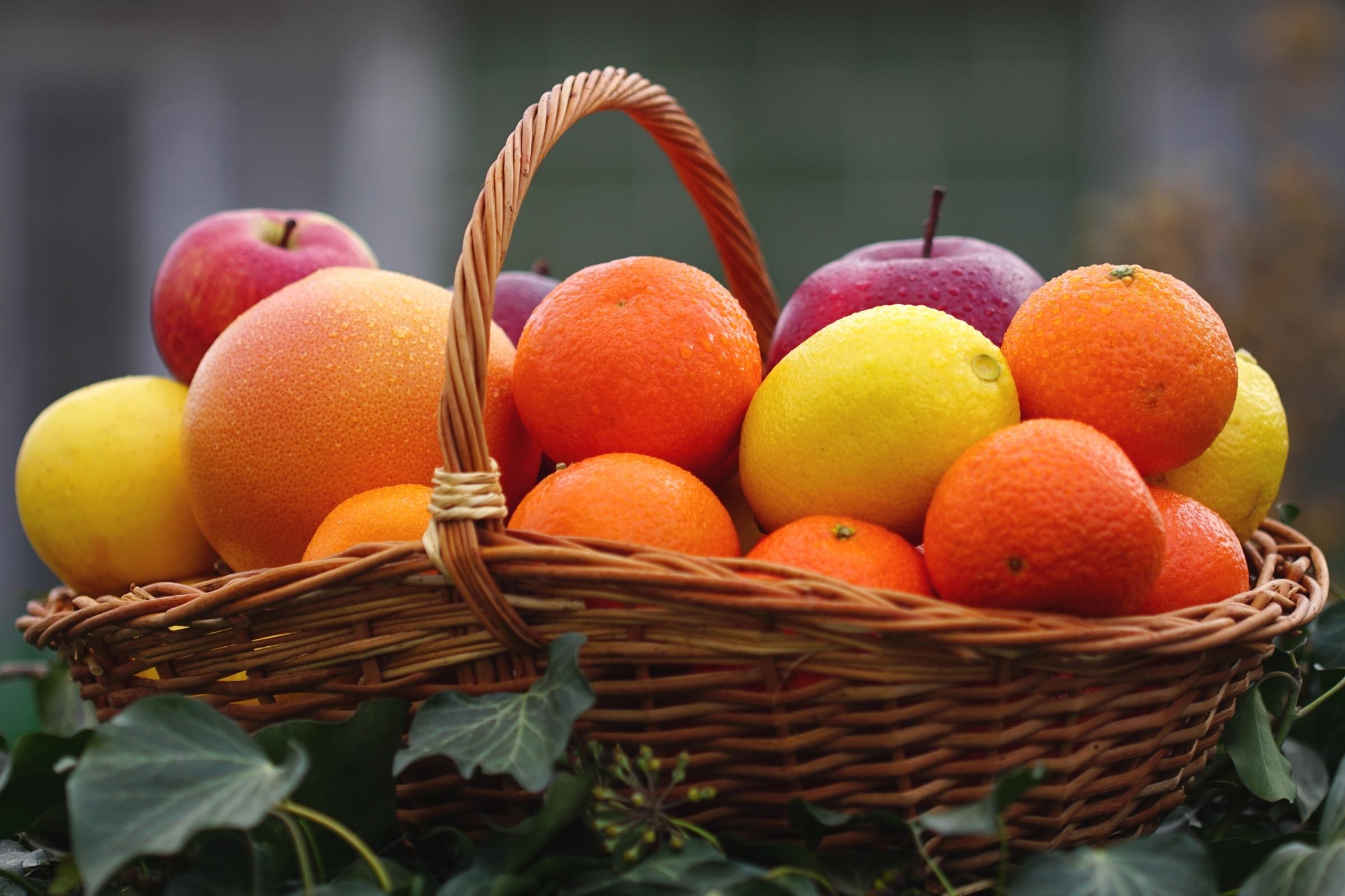 картинка апельсина и яблоками