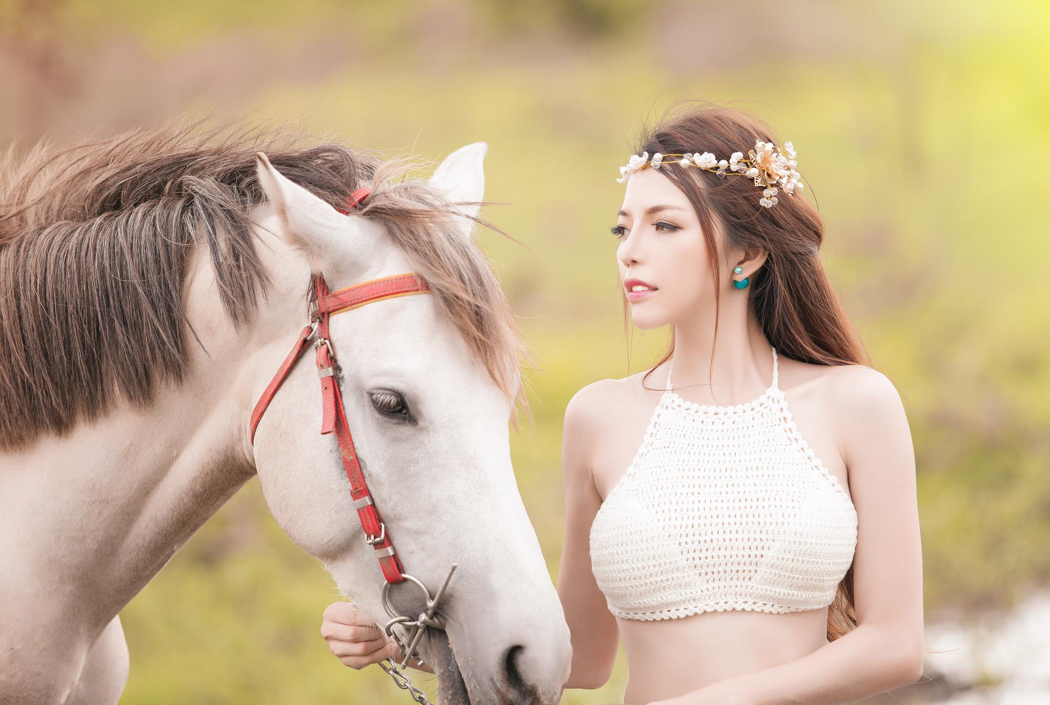 девушка лошади  № 1818956 без смс