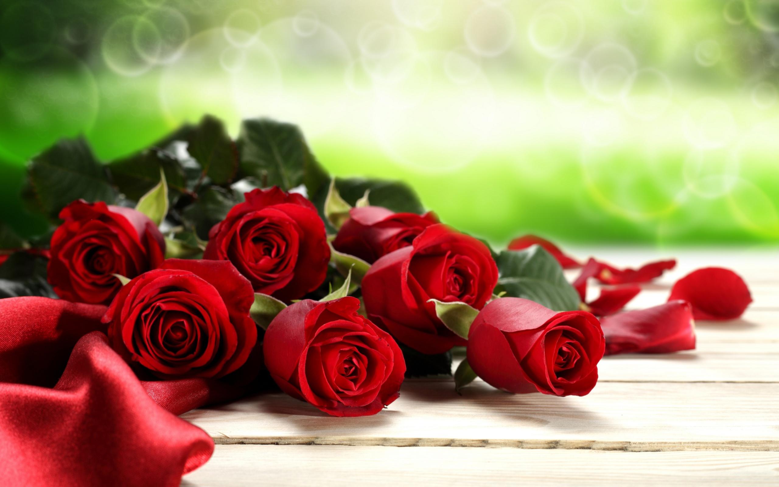Поздравление цветы розы