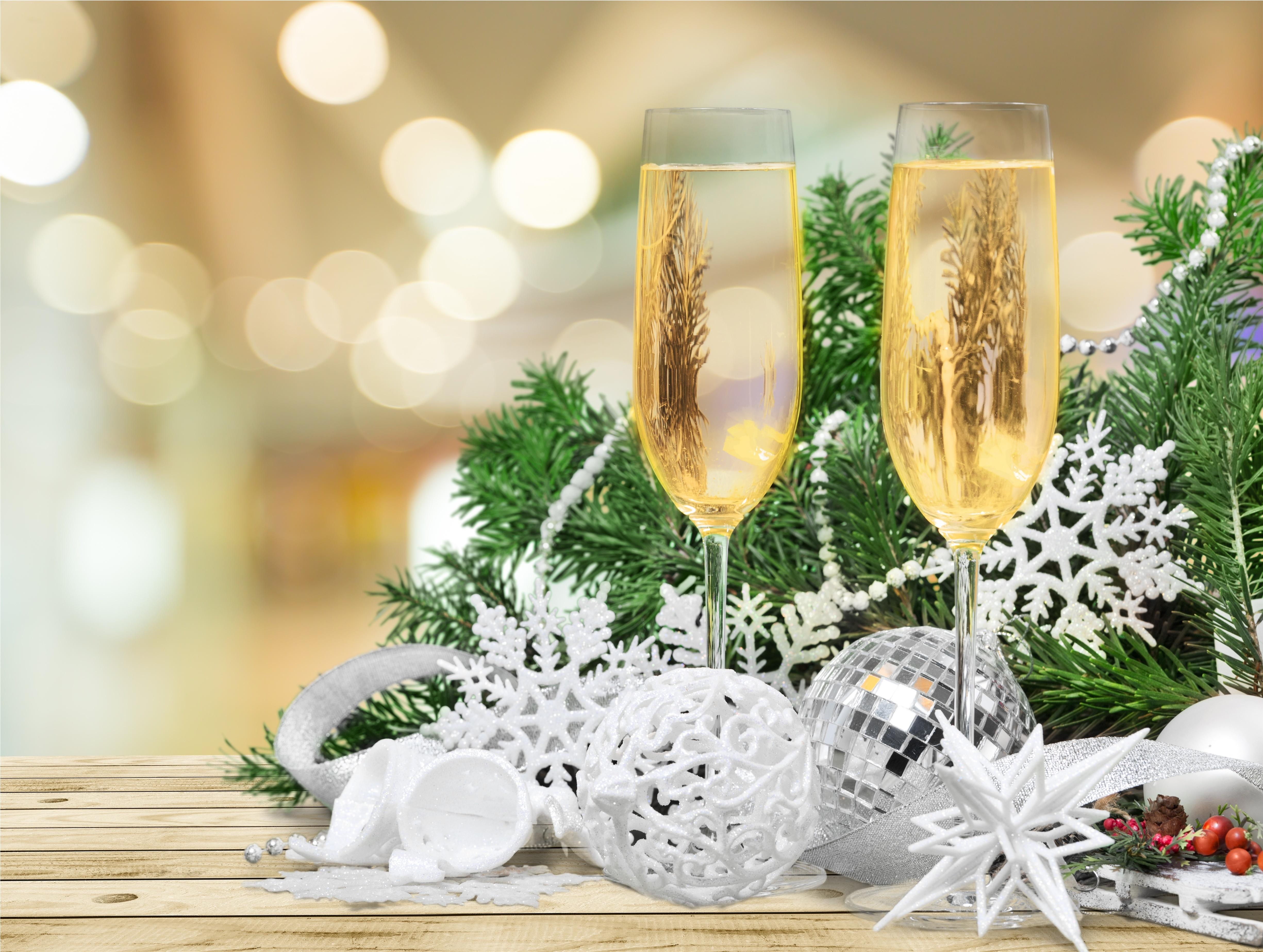 человек картинки новый год шампанское основном отеле туристов