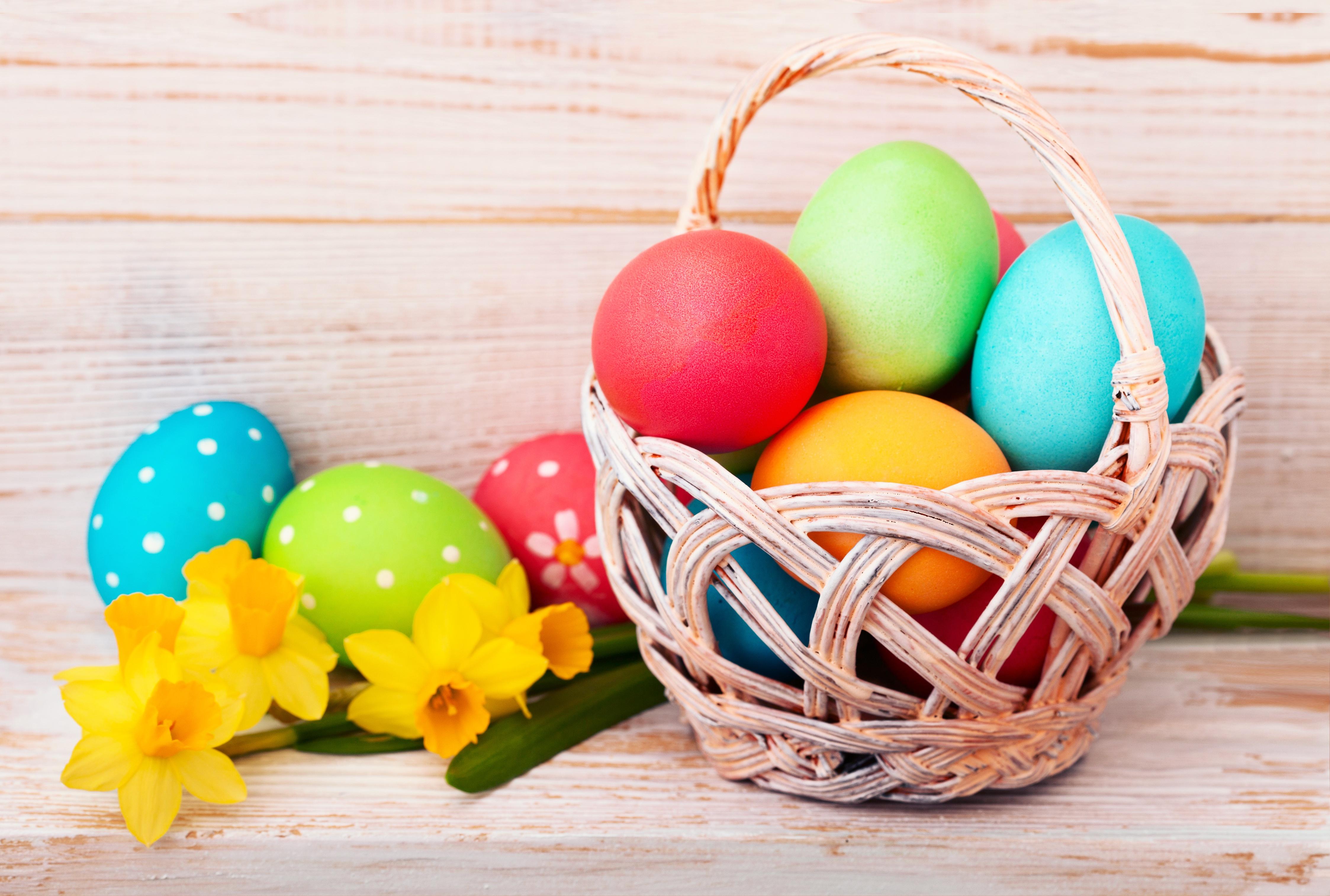 Картинка с пасхальными яйцами