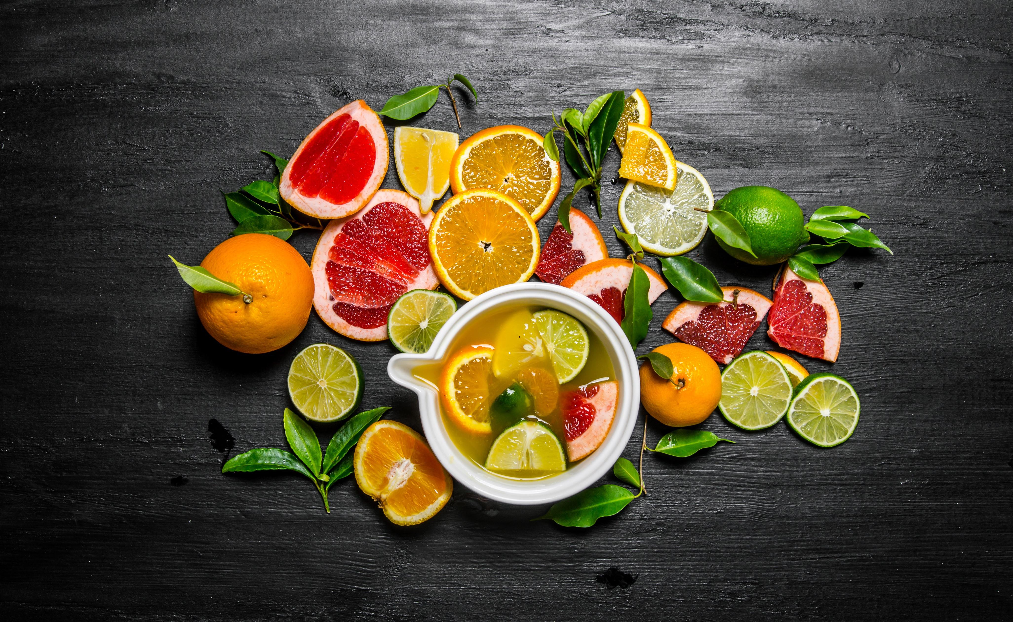 еда напитки лайм лимон апельсин клубника вишня коктейль food drinks lime lemon orange strawberry cherry cocktail  № 2154599 загрузить
