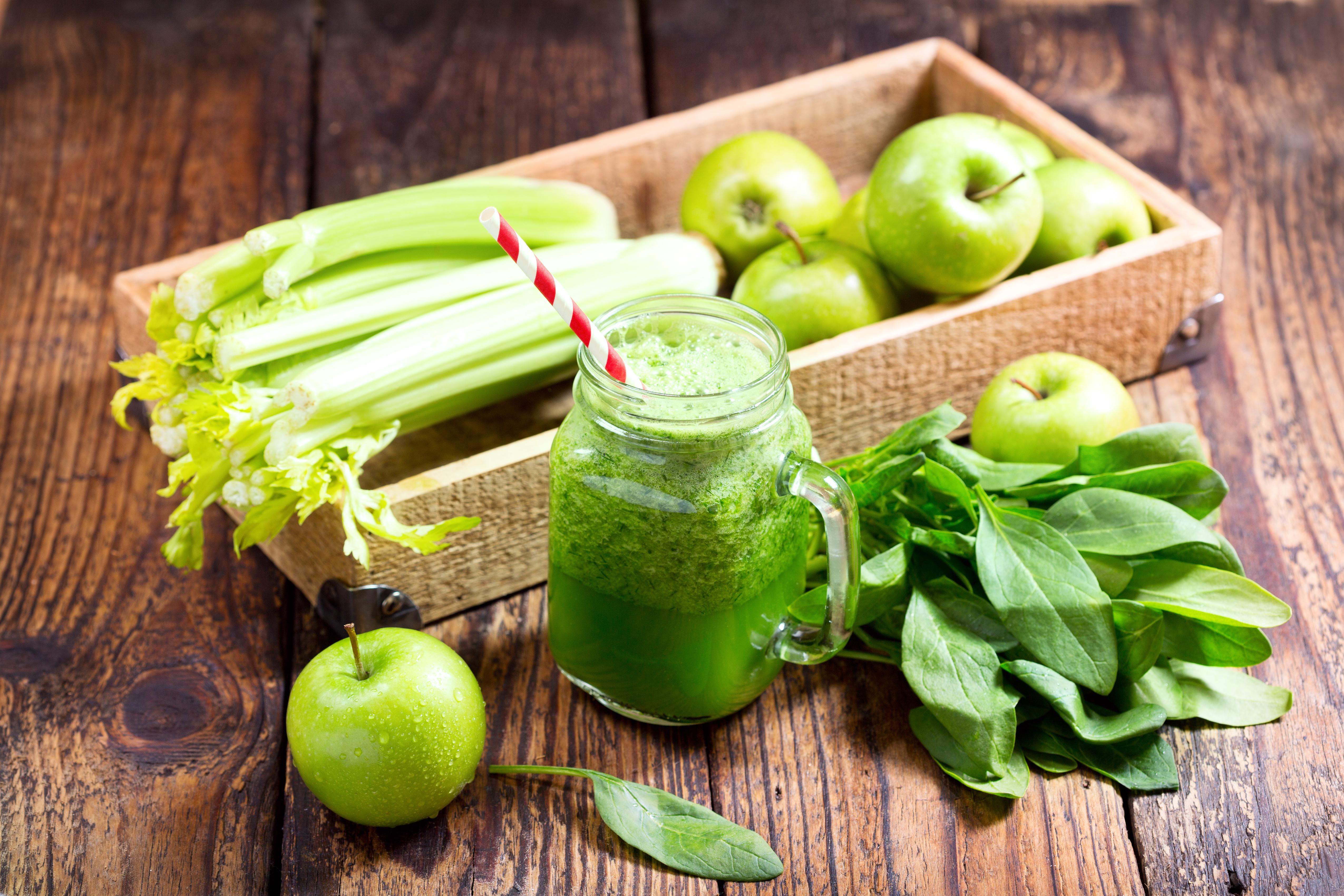 Яблоки С Сельдереем Для Похудения. Полезные свойства сельдерея для похудения. Рецепты диетических блюд для похудения с сельдереем — супов, салатов, сока