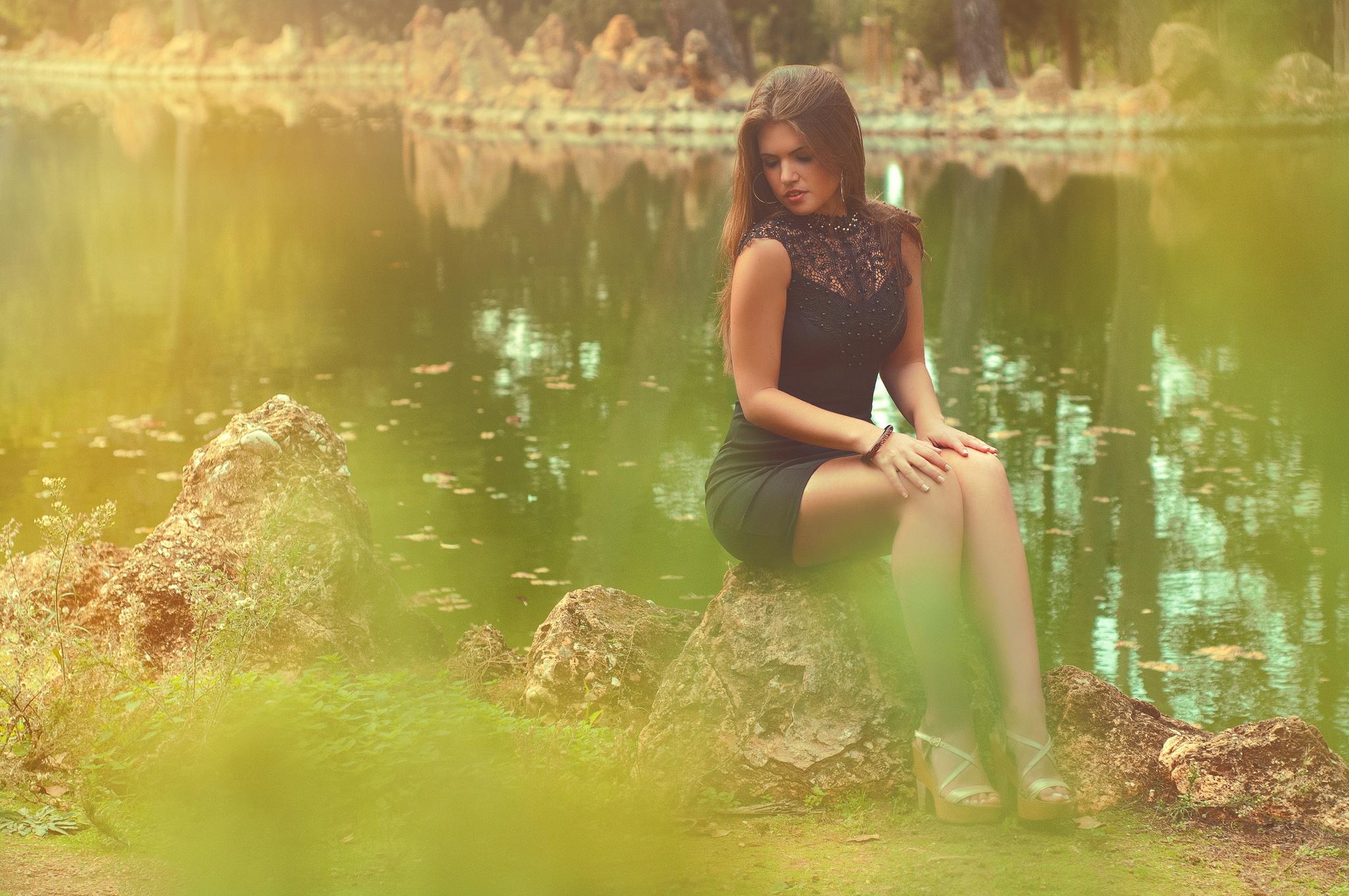 мулат на речке с русскими девчонками - 10
