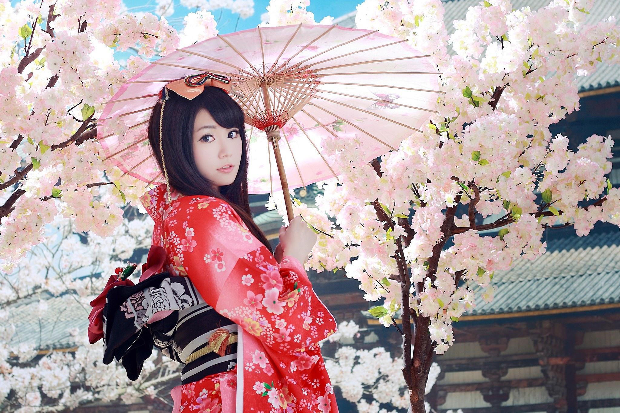 с фото сакурой японка