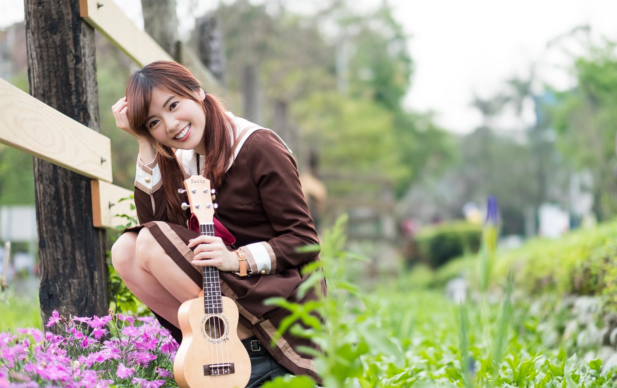 девушки гитара улыбка  № 465341 бесплатно