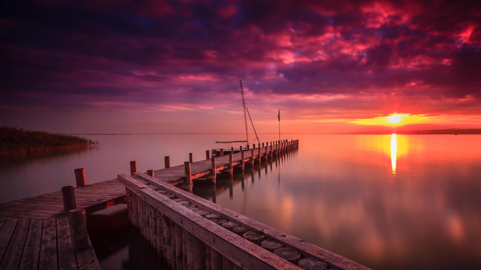озеро мостик небо закат в хорошем качестве