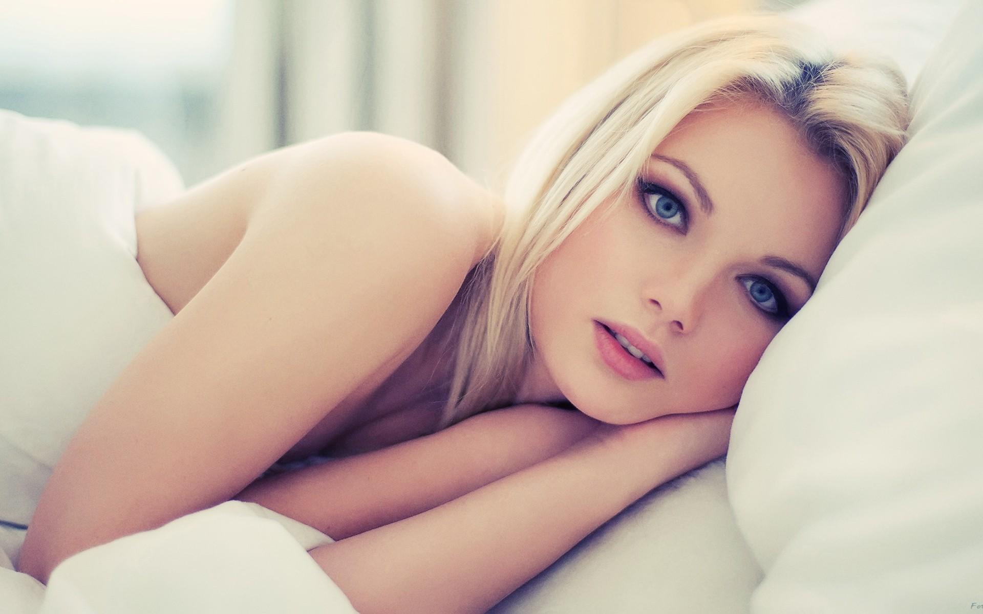 девушка взгляд лицо блондинка загрузить