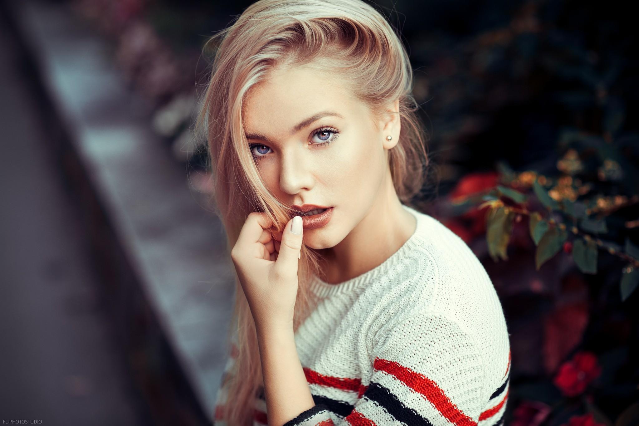 Фото блондинка голубоглазая, порнуха русская ролики