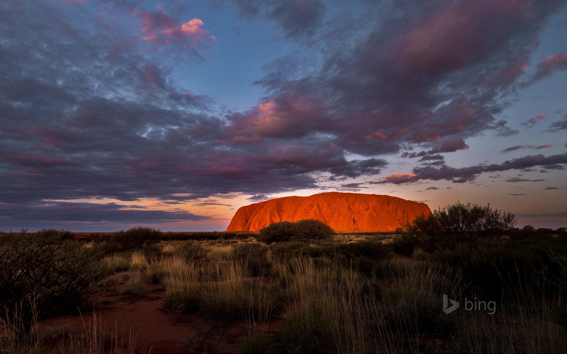 Uluru-Kata Tjuta National Park, Australia  № 891598 бесплатно