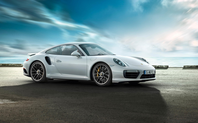 серебристая Porsche  № 984945 загрузить