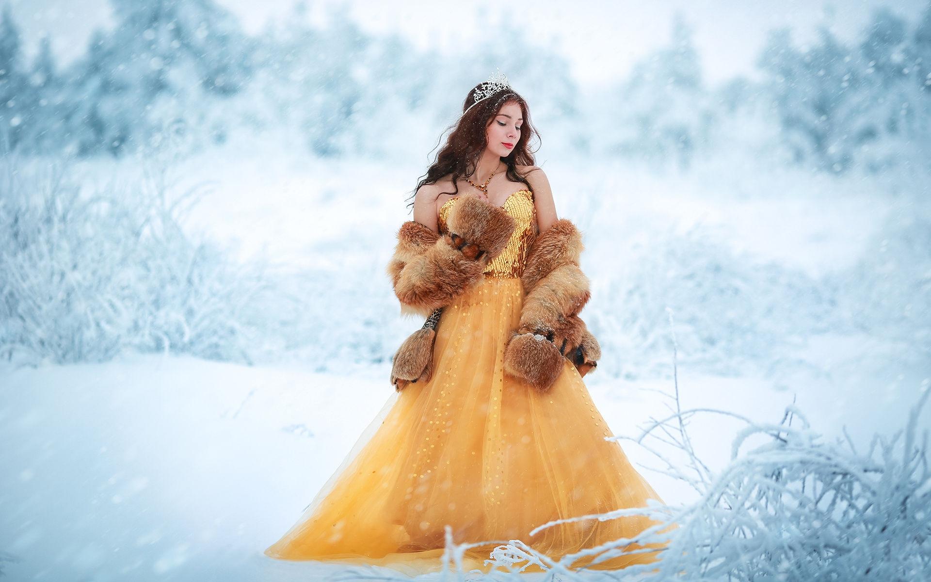 Девушка в платье зимой фотосессия