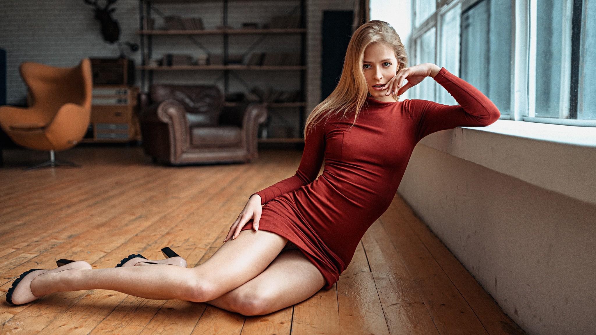 Sexy legs babe 8