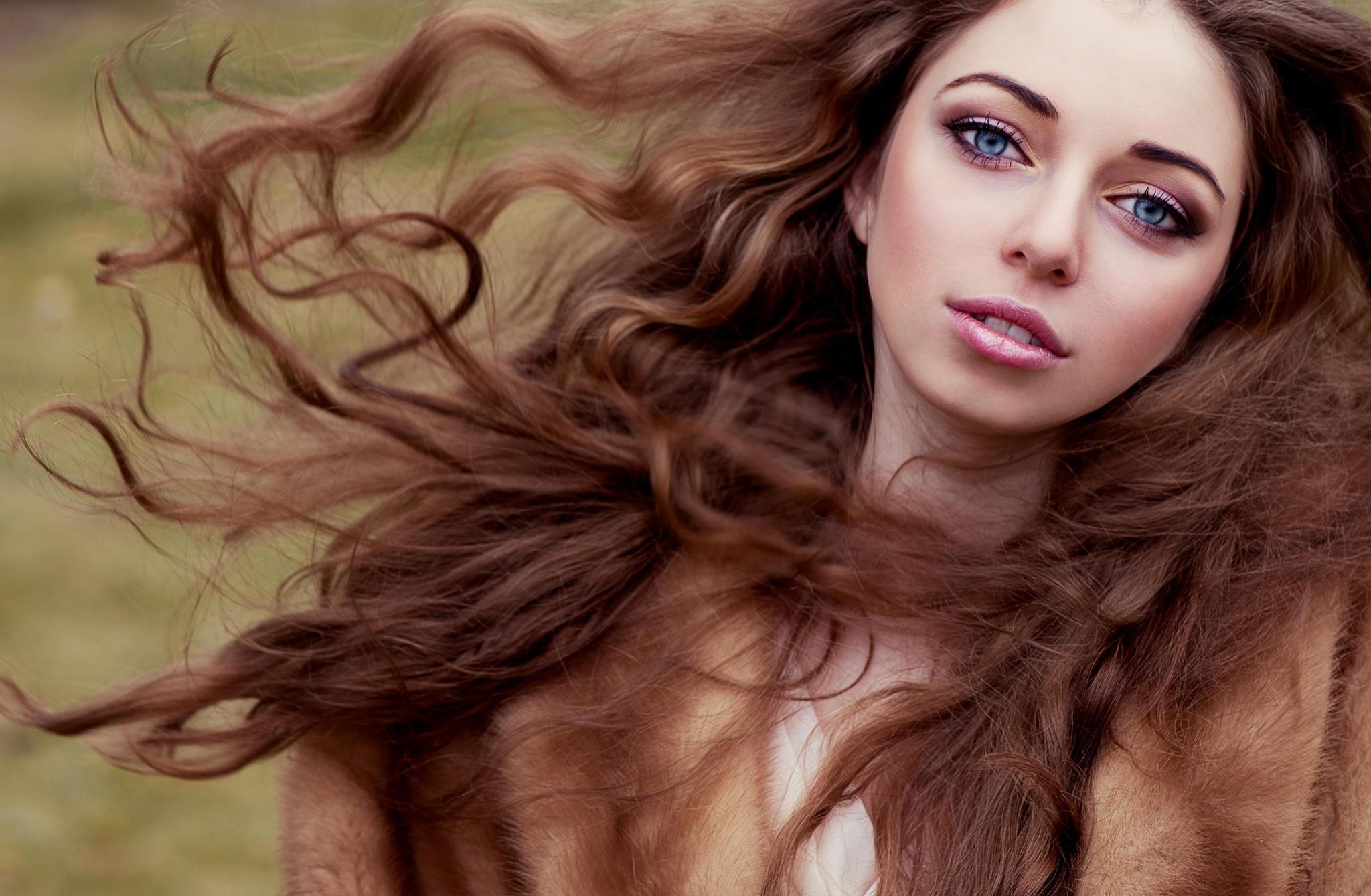 фото длинноволосые женщины