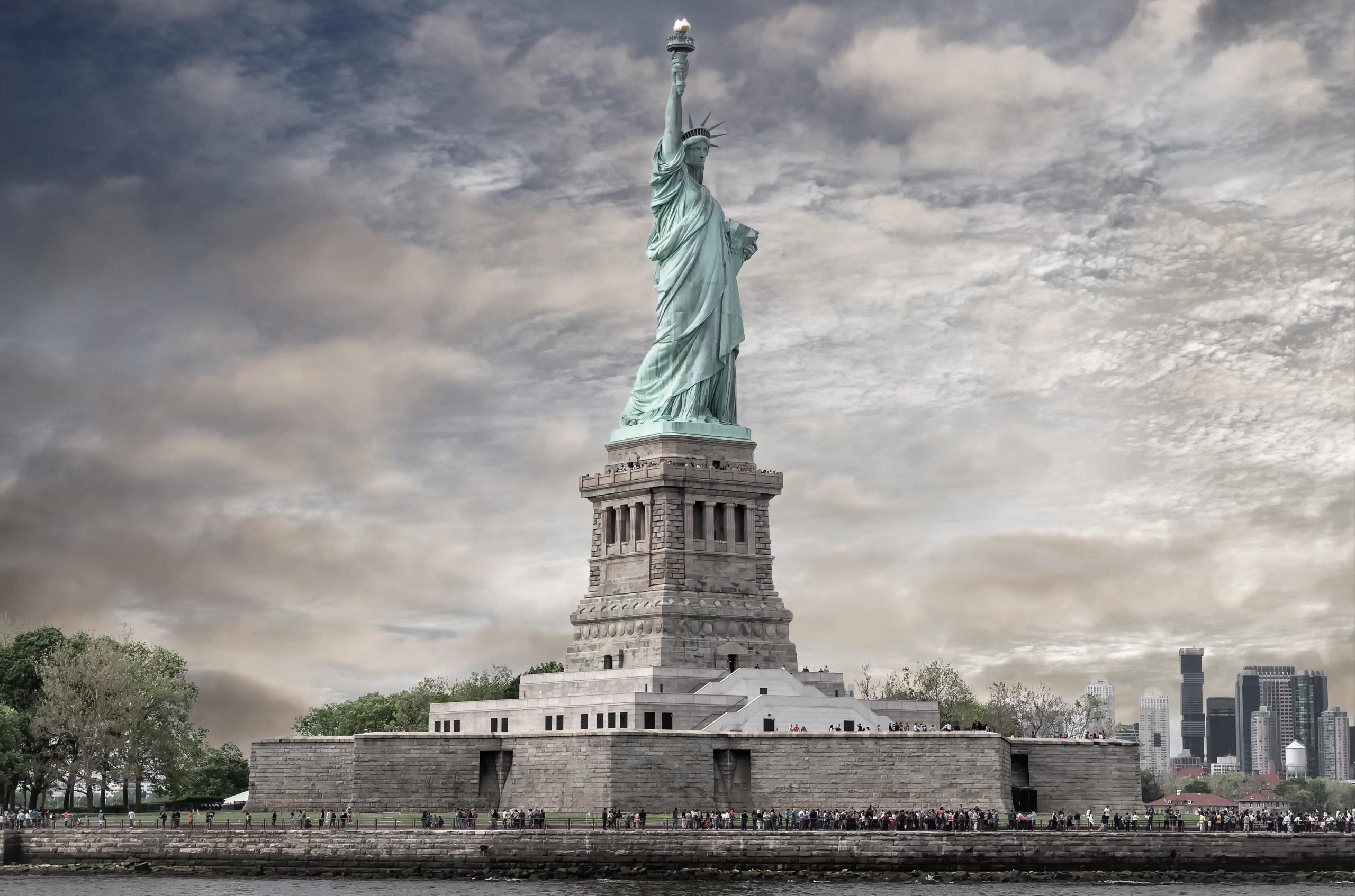 статуя свободы без смс