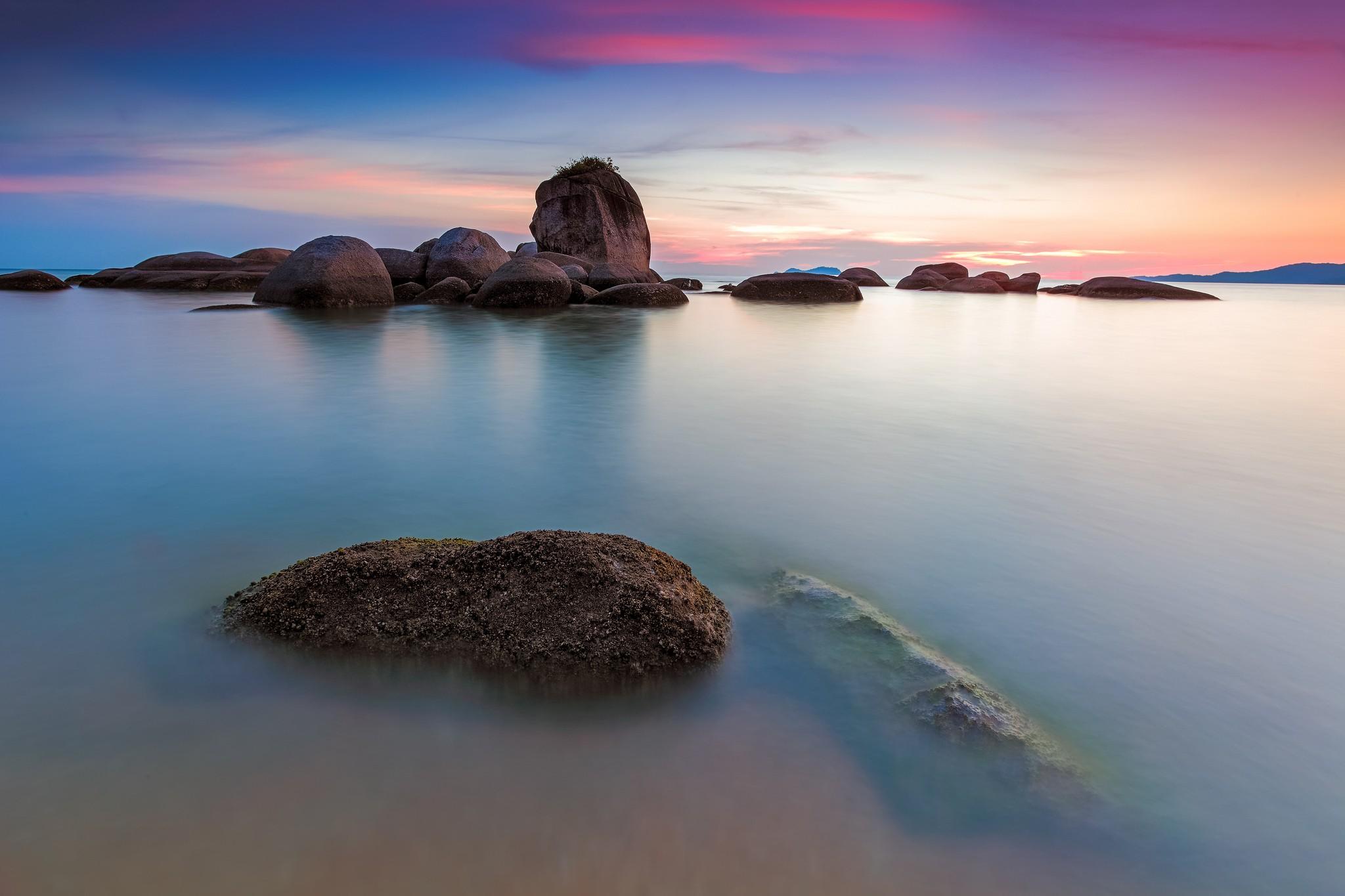 природа море горизонт камни облака небо скалы  № 432393 бесплатно
