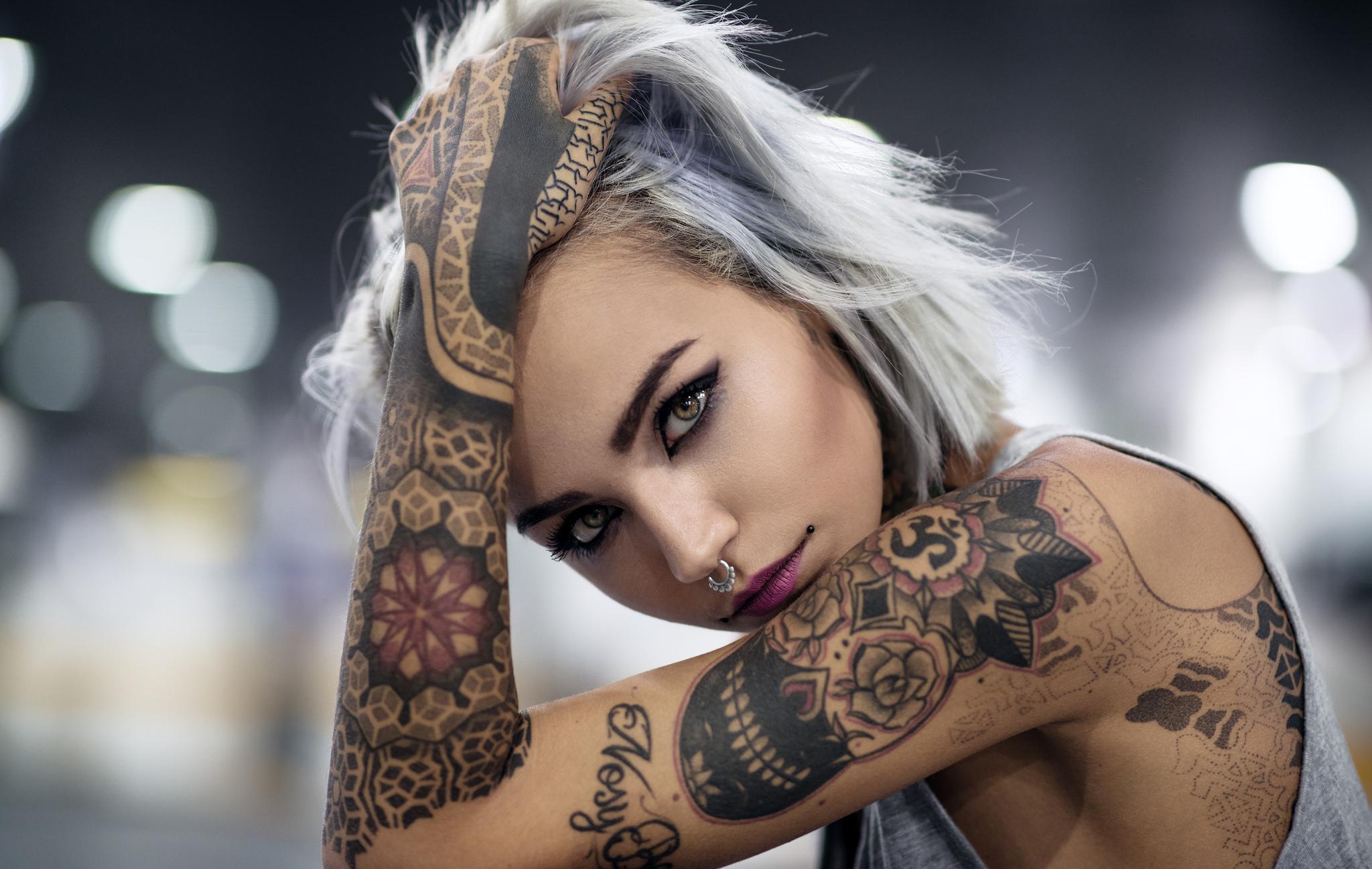 Tattoo chick — photo 15