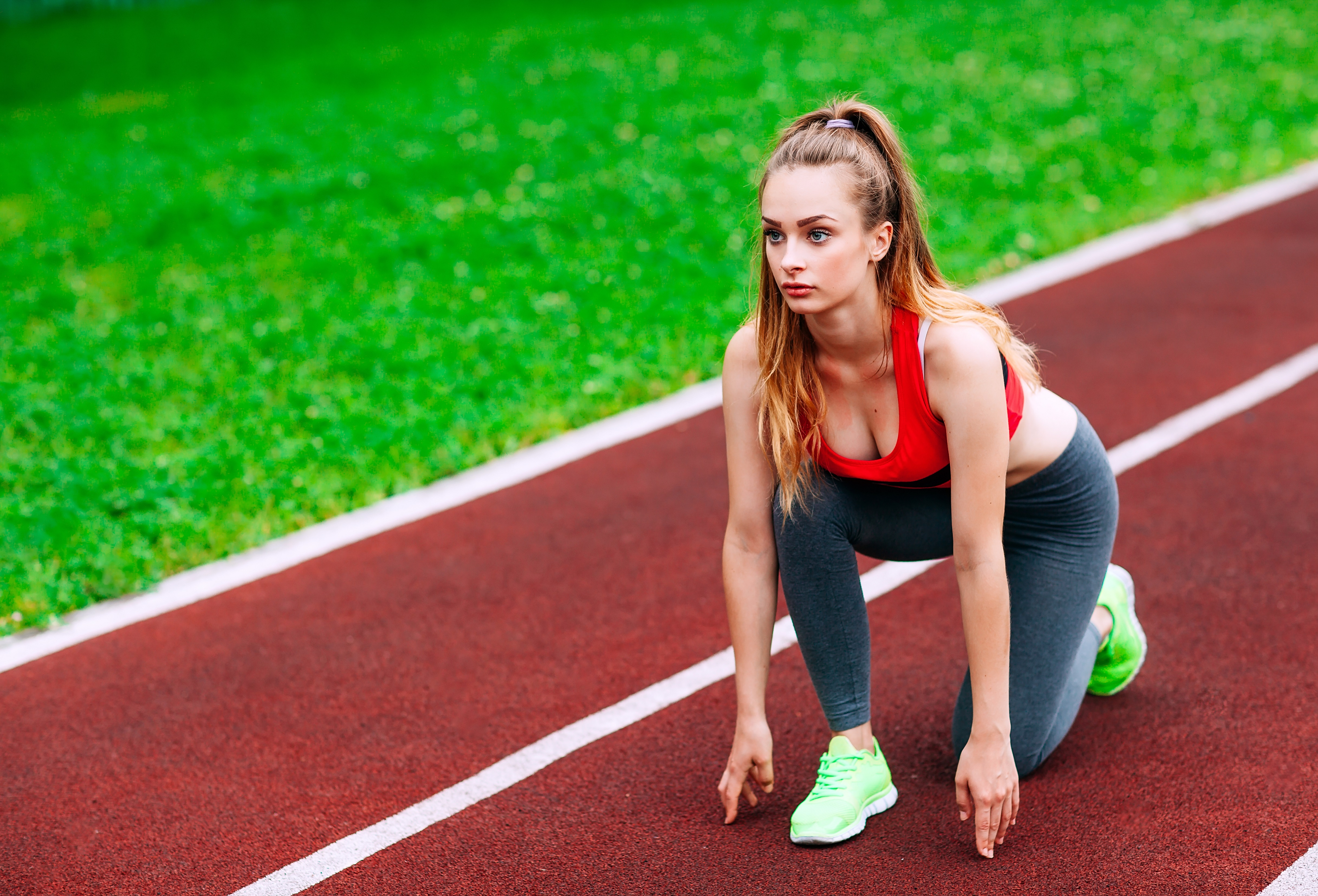 Позы для удачной фотографии спортсмена