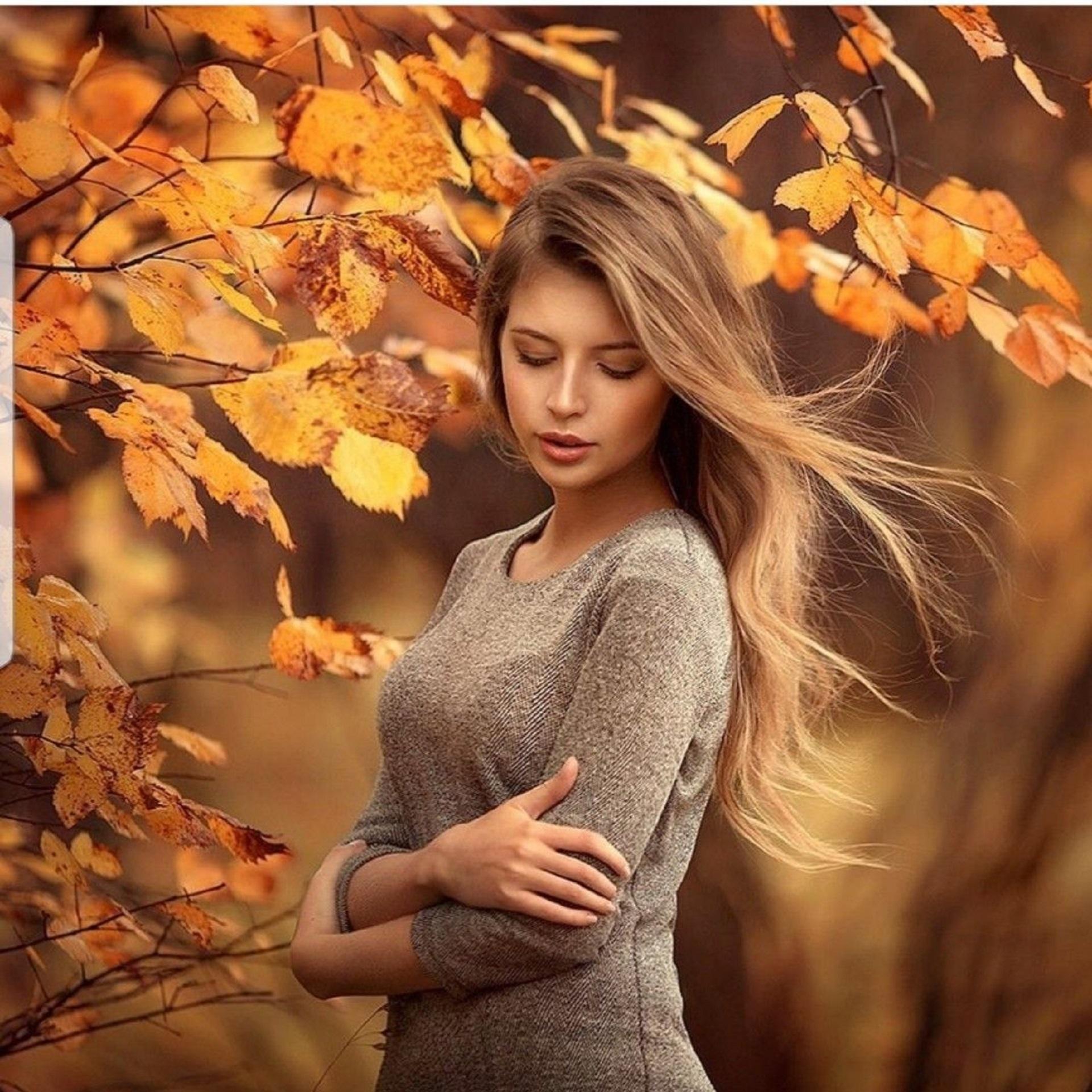 молодом фотографии и позы с осенними листьями советуем более