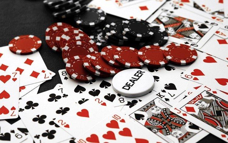 Покер с эротикой, фото голые фрау