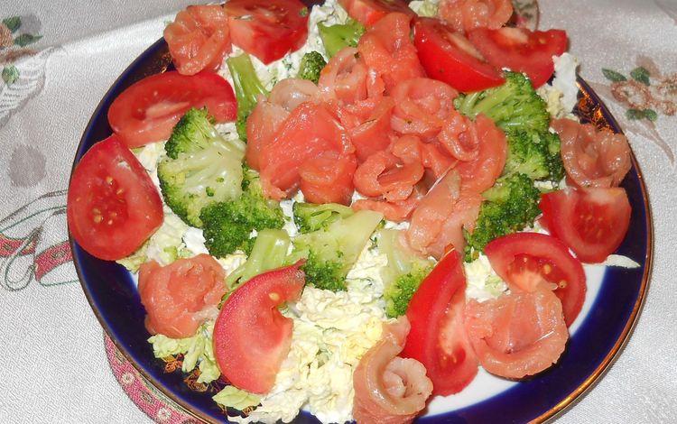 Рецепты вкусных салатов с пекинской капустой и семгой с фото