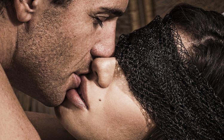 страсть картинки поцелуй