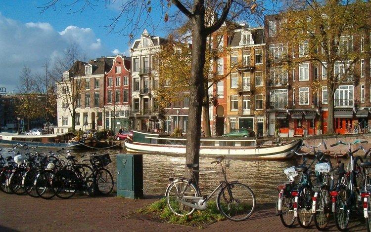 Скачать обои Амстердам, набережная, велосипеды - Обои раздела Города и Страны